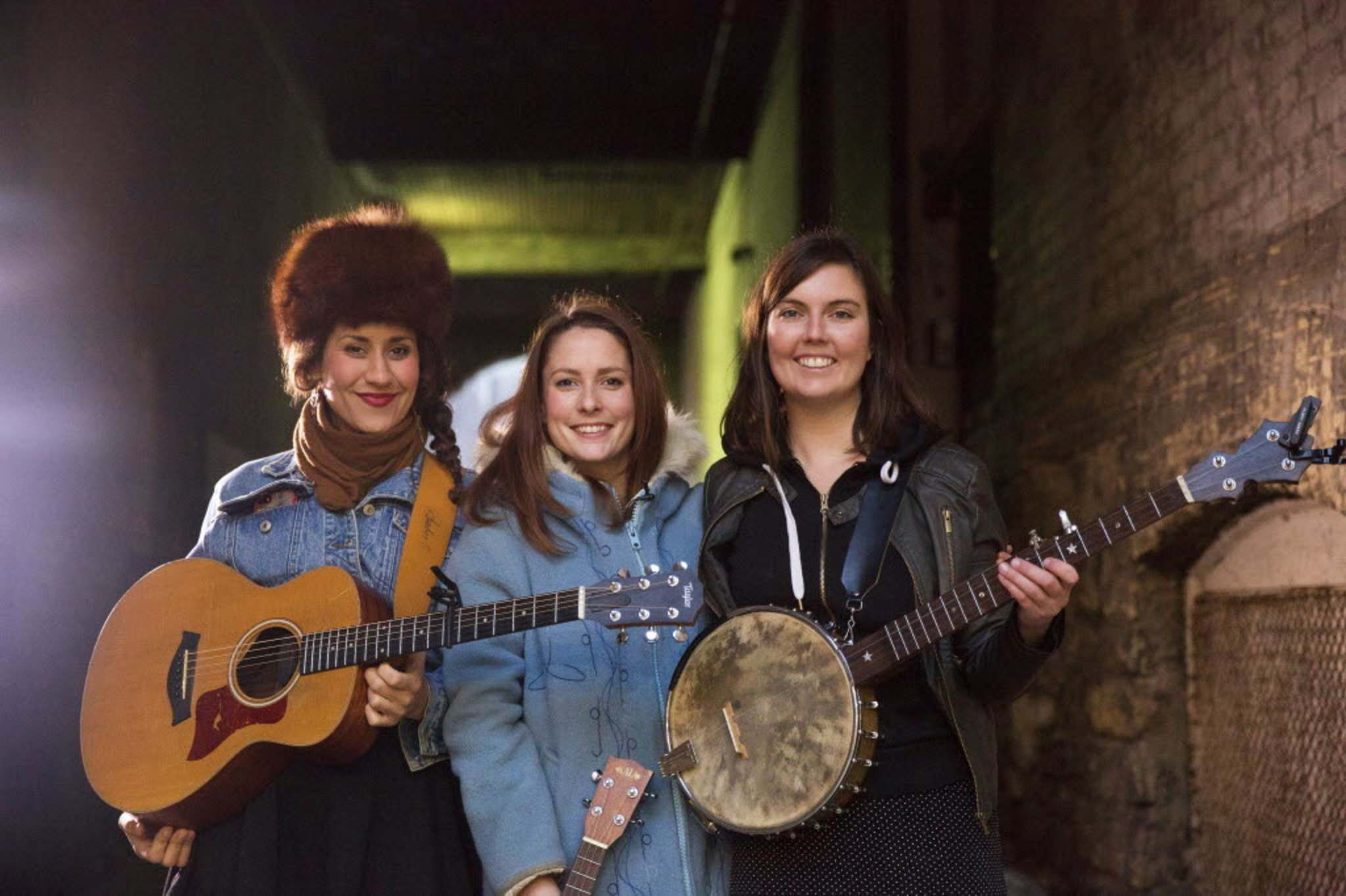 Mikaela MacKenzie / Winnipeg Free Press files</p><p>Folk roots-pop trio Sweet Alibi will play the Canadian Museum for Human Rights' Friday Night Rights event on Friday, Dec. 6.</p>