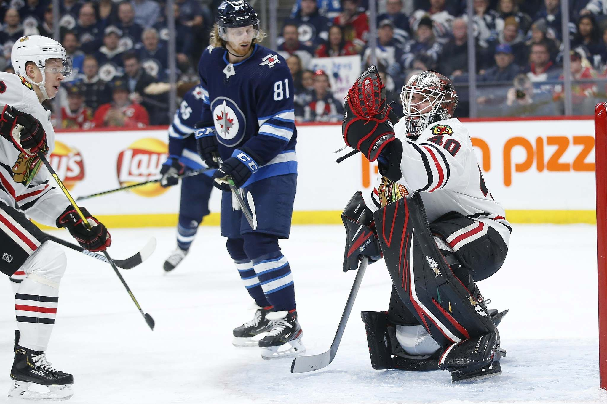 The Jets had a tough time getting anything past Chicago goalie Robin Lehner on Thursday. (John Woods / The Canadian Press)</p>