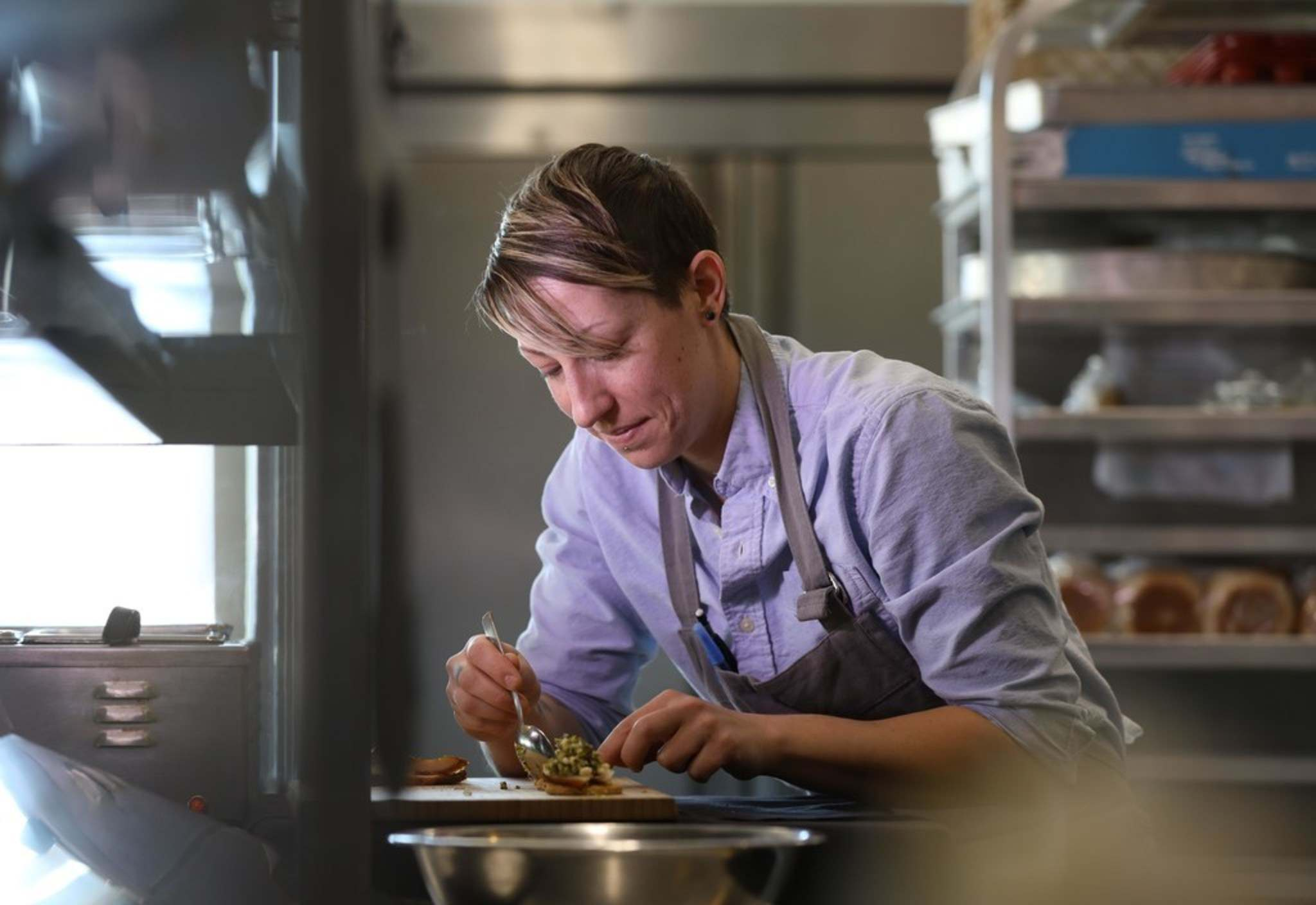 Jessica Young, chef de cuisine at Diversity Food Services, is one of the Push Project's chefs. (Ruth Bonneville / Winnipeg Free Press)