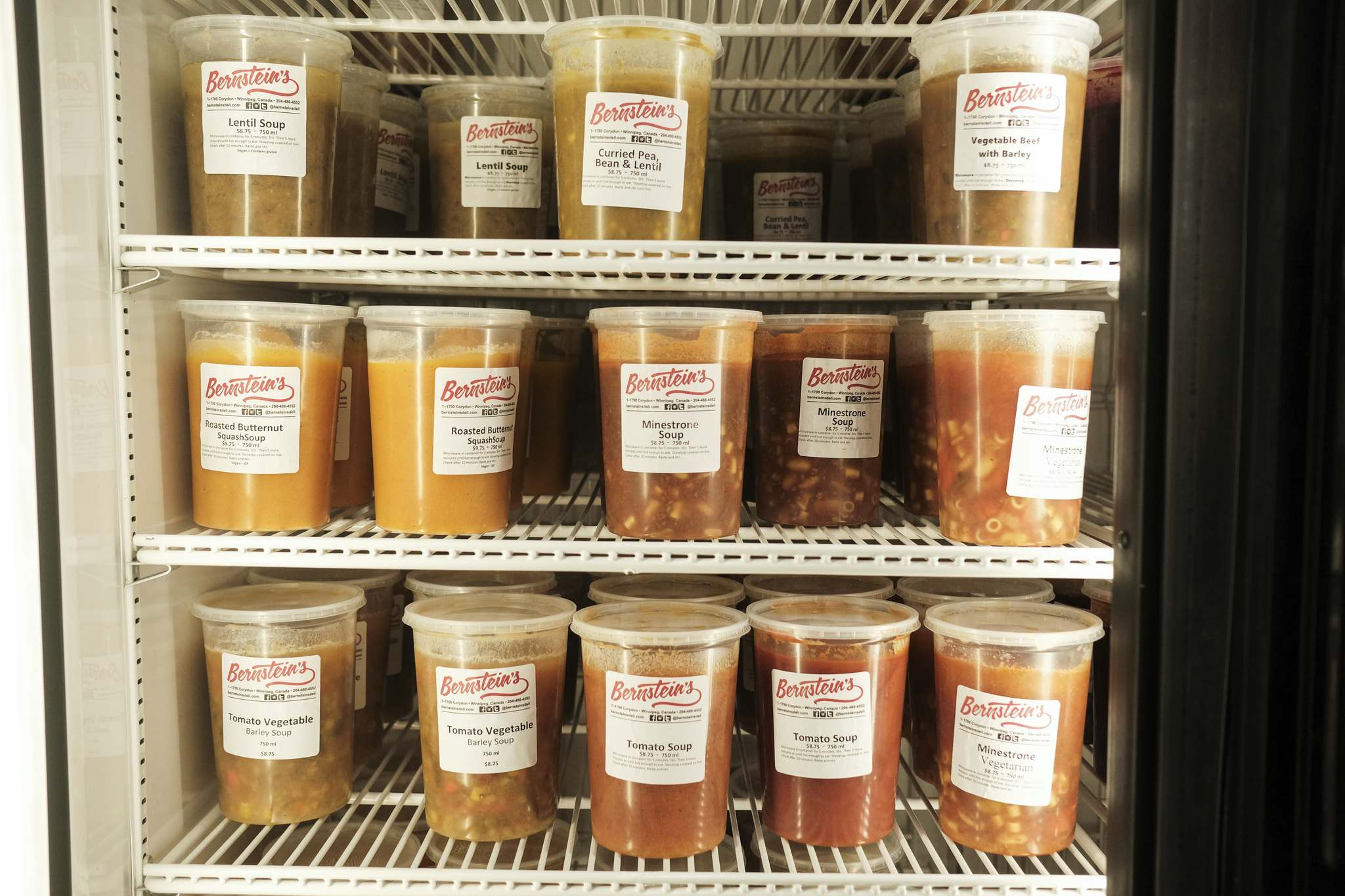 MIKE SUDOMA / WINNIPEG FREE PRESS</p><p>A fully stocked shelf of freshly made soups.</p>