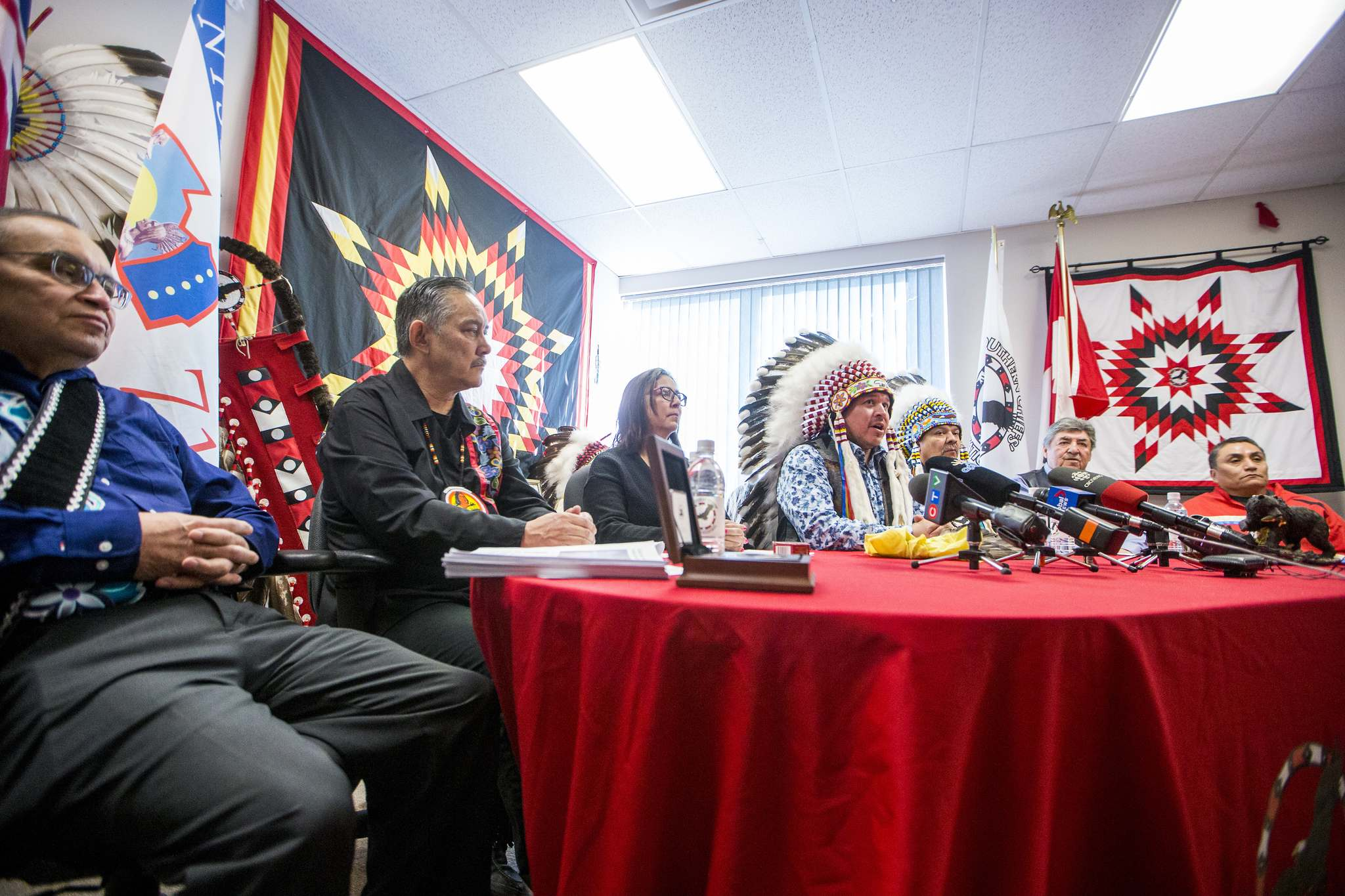 Roseau River First Nation council member Terry Nelson (from left), Sagkeeng First Nation Chief Derrick Henderson, Pine Creek First Nation Chief Karen Batson, Grand Chief Jerry Daniels, Lake Manitoba First Nation Chief Cornell McLean, Keeseekoowenin First Nation Chief Norman Bone, and spiritual advisor to the SCO Grand Chief Kevin Bunn speak to media about the Wet'suwet'en blockades on Friday. (Mikaela MacKenzie / Winnipeg Free Press)</p>