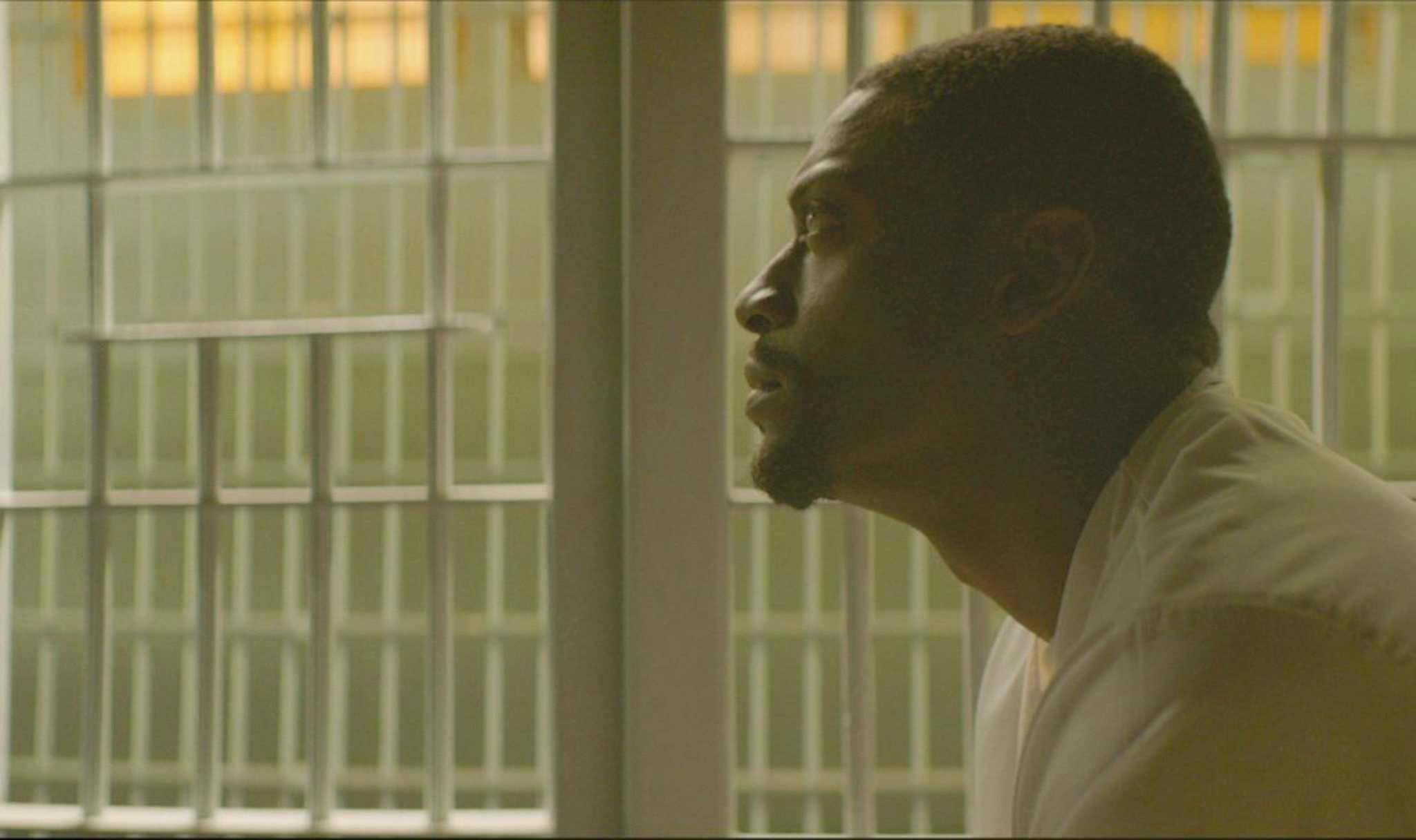 Aldis Hodge embodies not just the fear of impending execution, but the more mundane miseries of life on death row. (Neon)