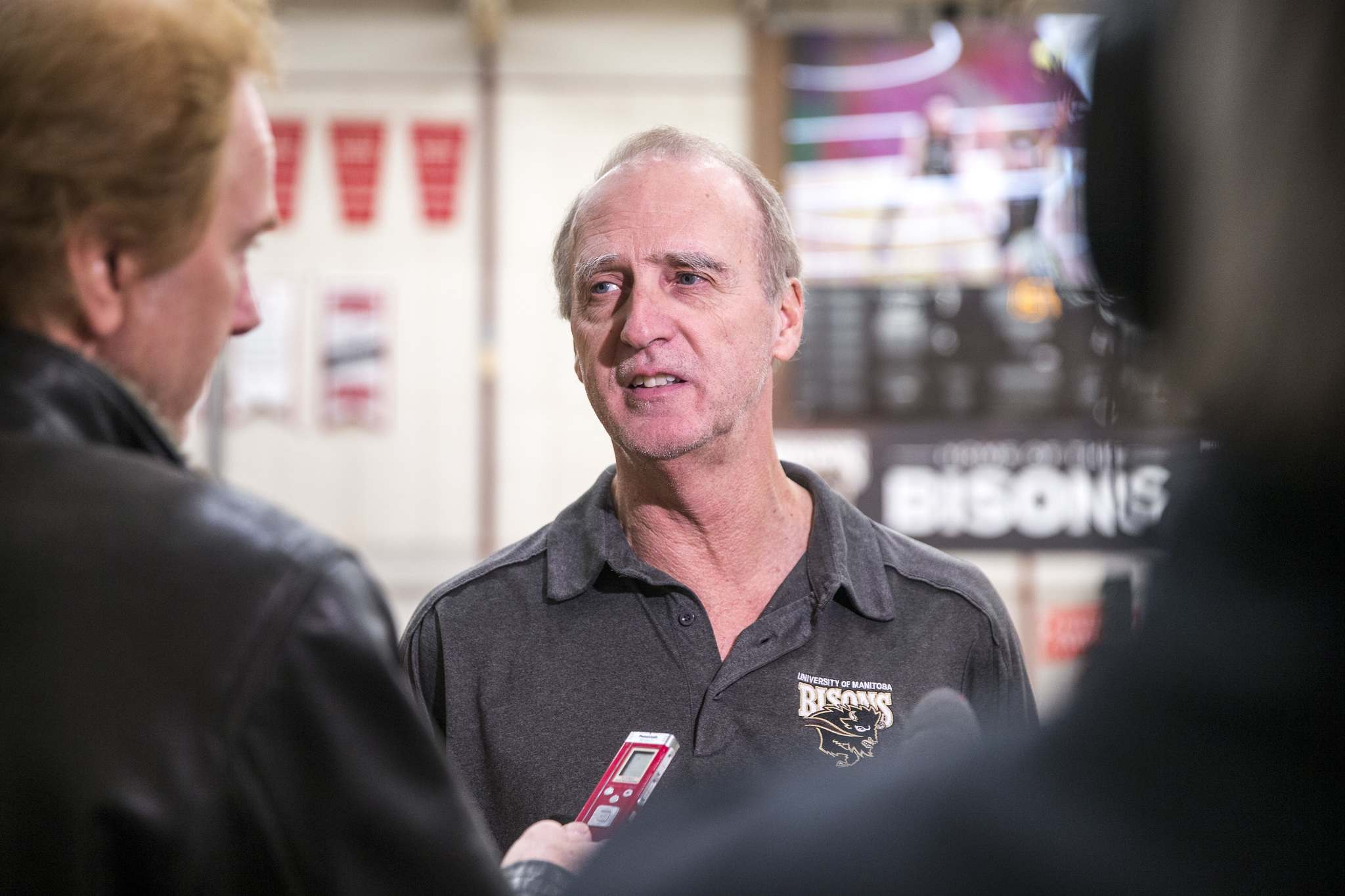 MIKAELA MACKENZIE / WINNIPEG FREE PRESS</p><p>Garth Pischke, head coach of the University of Manitoba men's volleyball team, speaks to media about the cancellation of the men's volleyball championship at the Investors Group Athletic Centre in Winnipeg on Friday.</p>
