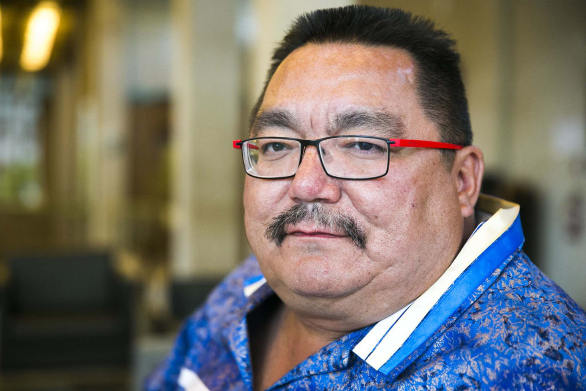"""MIKAELA MACKENZIE / WINNIPEG FREE PRESS FILES</p><p>Peguis Chief Glenn Hudson: """"They're running short and, obviously, a lot of people are panicking.""""</p>"""