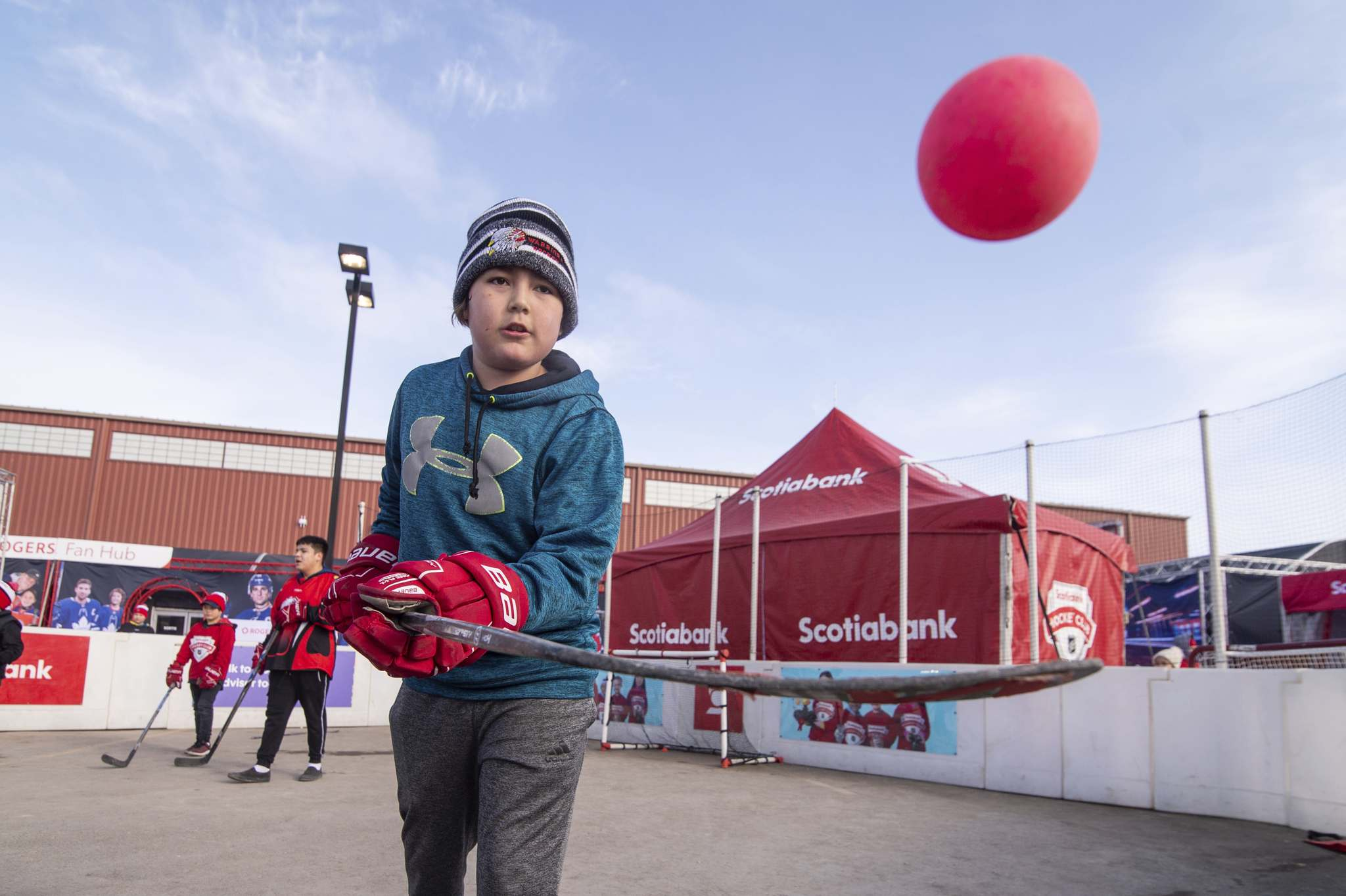 Mike Sudoma / Winnipeg Free Press</p><p>The Rogers Hometown Hockey event at Peguis First Nation attracted residents of all ages, including Laiden Sutherland who joined in a game of ball hockey.</p></p>