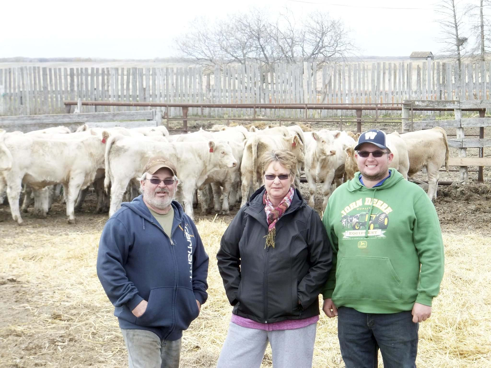 SUPPLIED From left, cattle farmers Merv, Joanne, and son Jesse Nykoliation.</p></p>