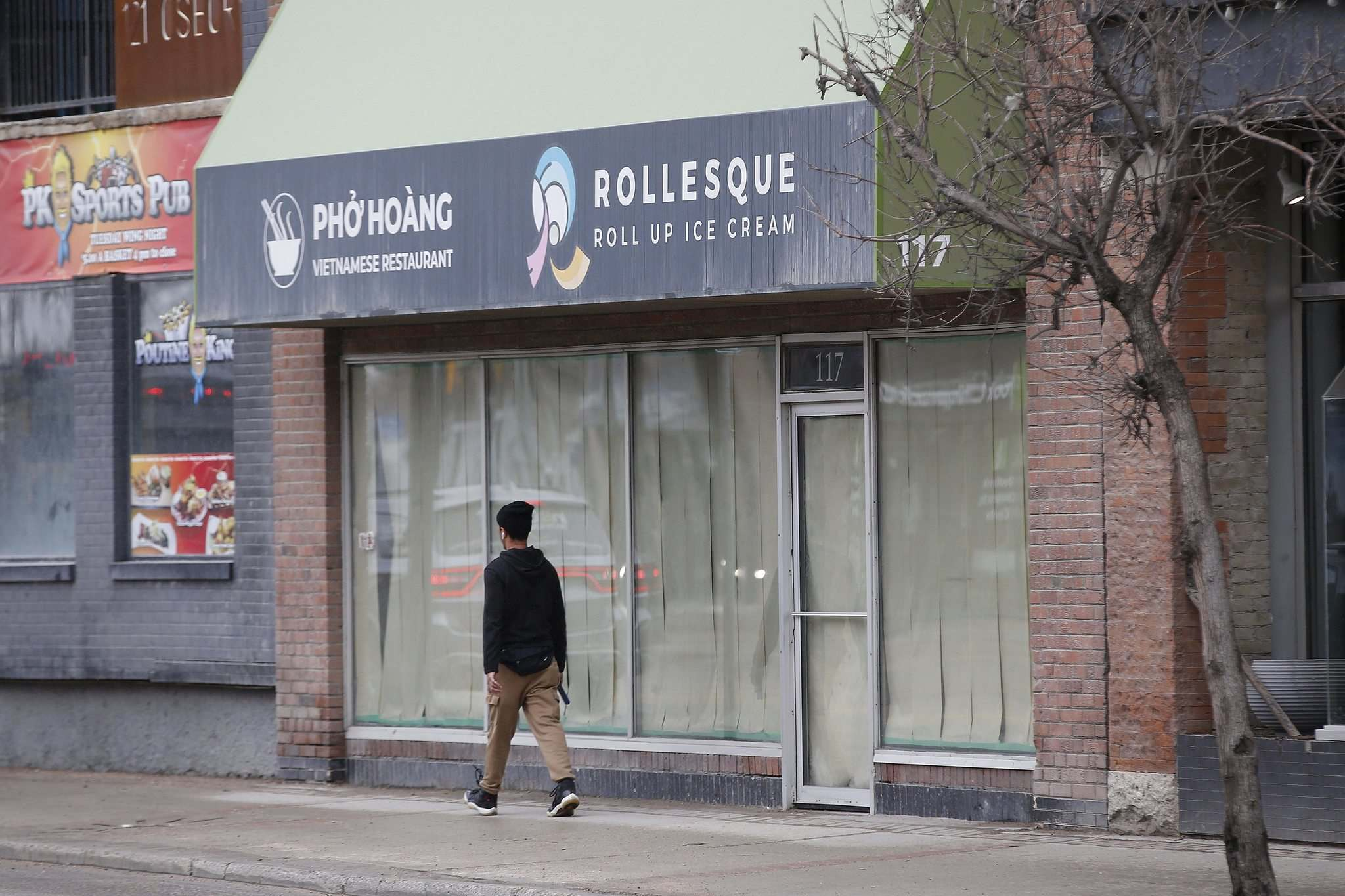 Renovations are complete on the new Pho Hoang and Rollesque location, owner Tom Hoang said.