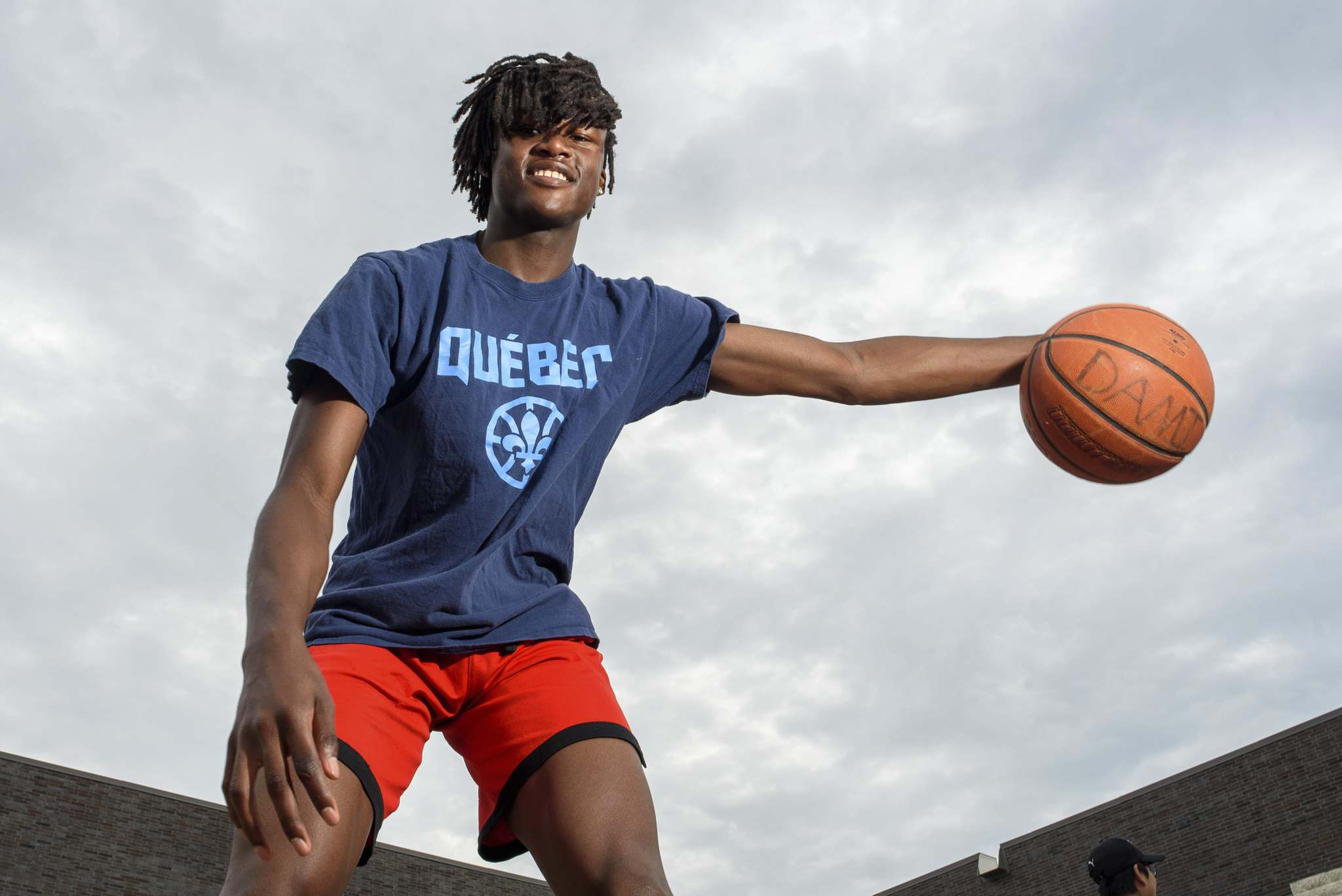 Dami Farinloye planned on playing in the  Ontario Scholastic Basketball Association and suiting up for Orangeville Prep in hopes of showcasing his skills in front of NCAA Division I scouts. (Jesse Boily / Winnipeg Free Press)