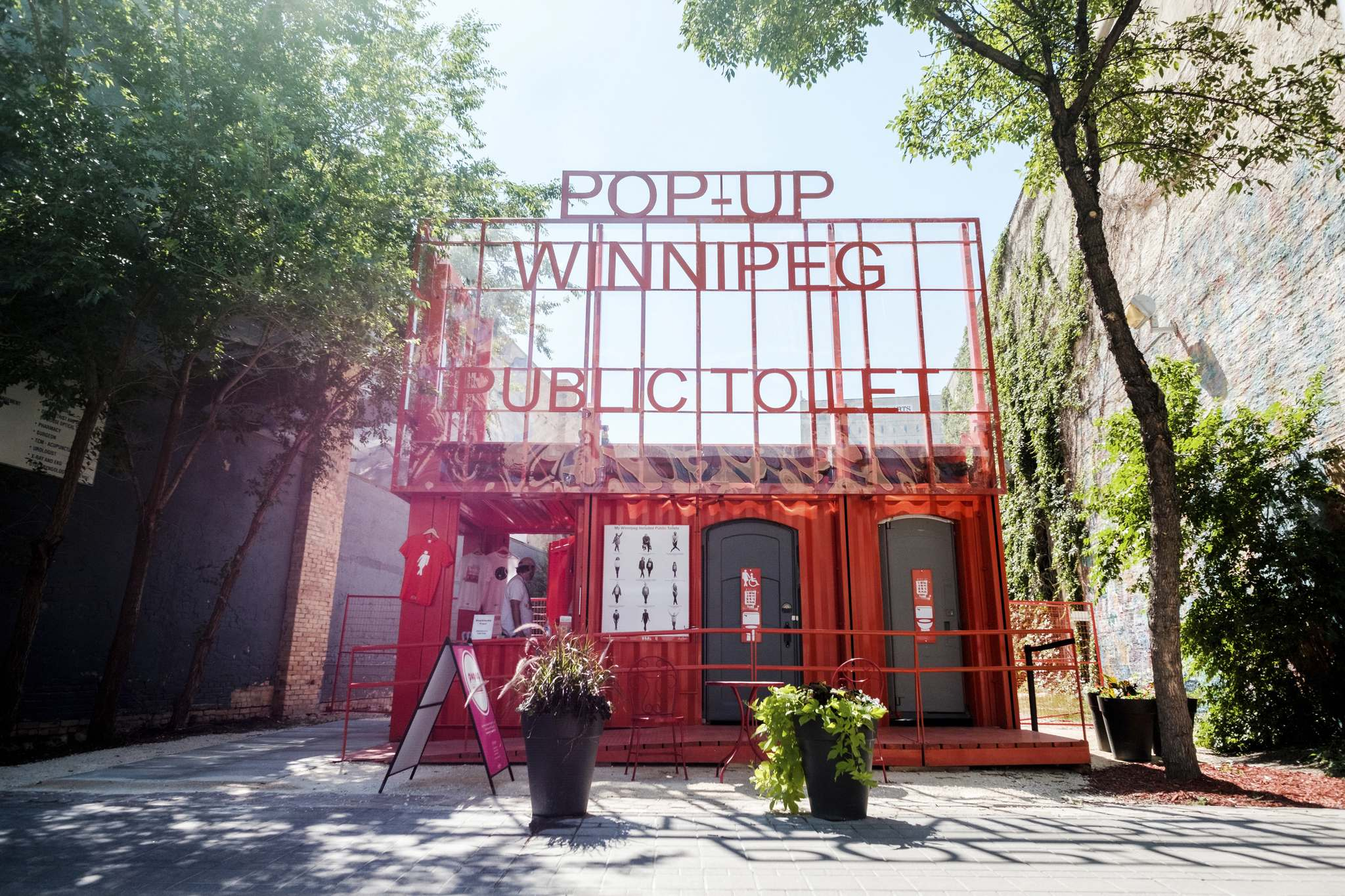 Daniel Crump / Winnipeg Free Press files</p><p>Pop-up toilets were set up in 2018. Permanent toilets are one step closer to being built.</p>