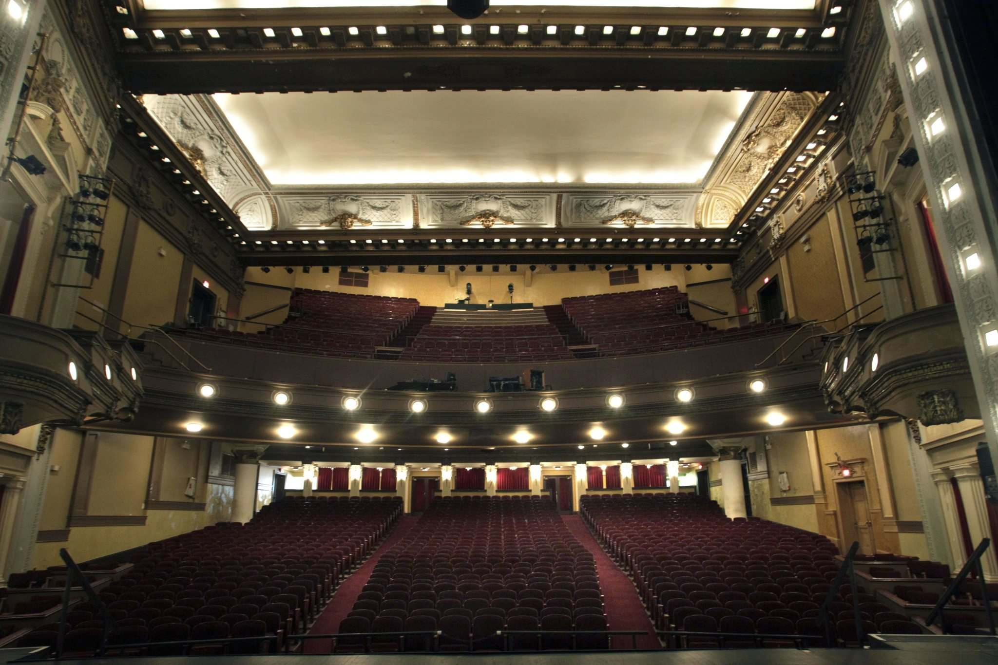 WAYNE GLOWACKI / WINNIPEG FREE PRESS FILES</p><p>The Pantages Theatre, which had been sold to a development company, will return to being a performing arts centre.</p>