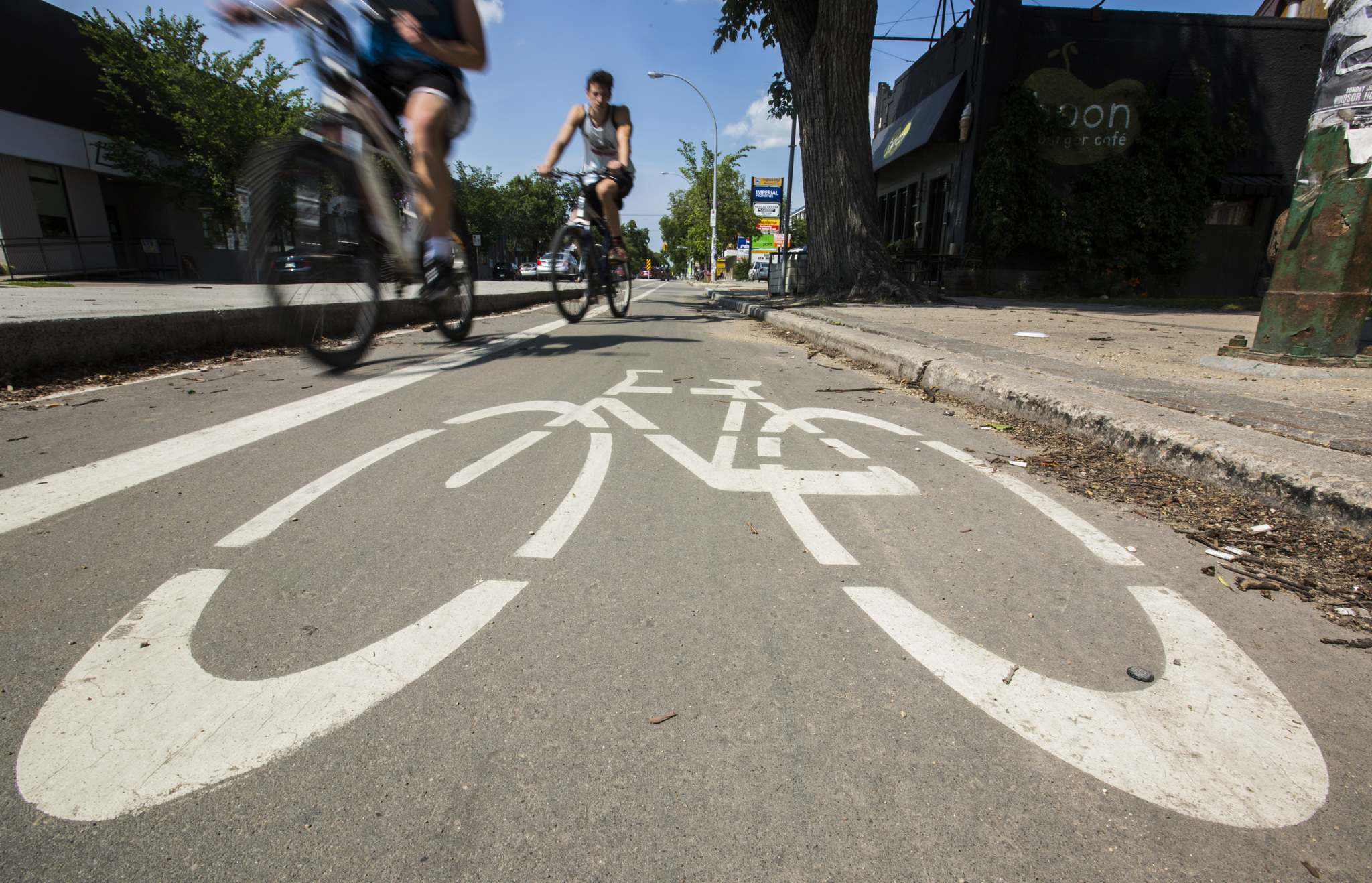 Mikaela MacKenzie / Winnipeg Free Press files</p><p>To achieve the its 2030 goals, the city needs a significant increase in people adopting active transportation practices.</p>
