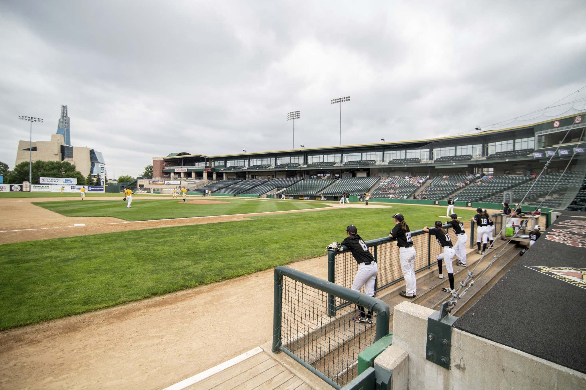 Baseball returned to Shaw Park as Team Manitoba's women's provincial team and the under-18 La Broquerie A's boys' team took to the field. (Mike Sudoma / Winnipeg Free Press)</p>