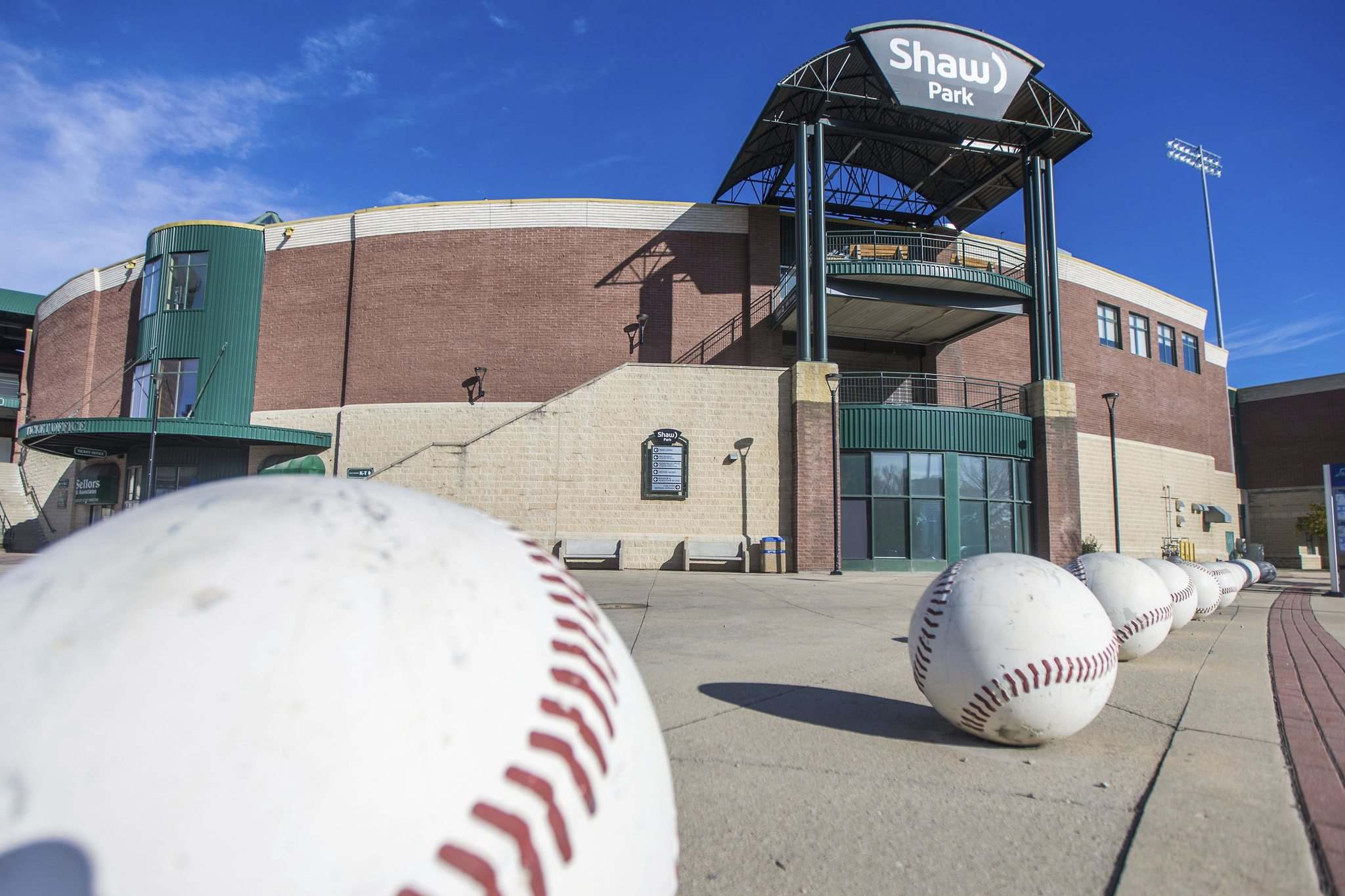 MIKAELA MACKENZIE / WINNIPEG FREE PRESS</p></p><p>Winnipeg City Council has postponed its vote on a proposed 15-year lease since July, directing City of Winnipeg staff to first seek more financial information from the Goldeyes and Riverside Park Management.</p>