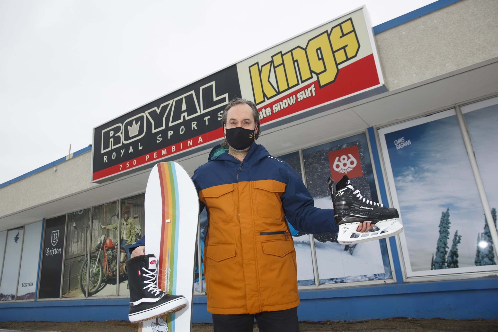 MIKE DEAL / WINNIPEG FREE PRESS</p><p>Gerald Haasbeek of Royal Sports on Pembina Highway where the focus is on a lot of hockey and snowboarding.</p>