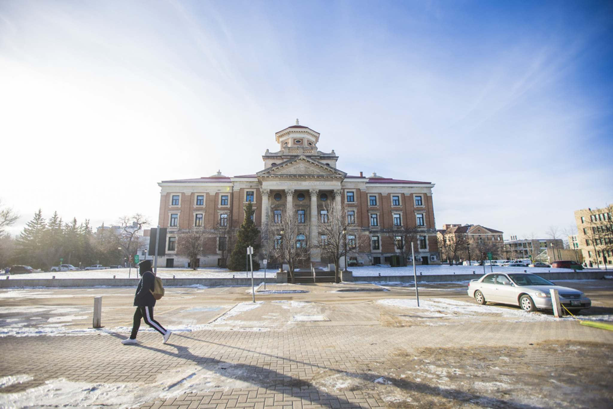 MIKAELA MACKENZIE / WINNIPEG FREE PRESS</p><p>The University of Manitoba's senate recently approved a motion to temporarily alter how grade point averages (GPAs) — which typically take into account all of a student's final course grades — are calculated.</p>