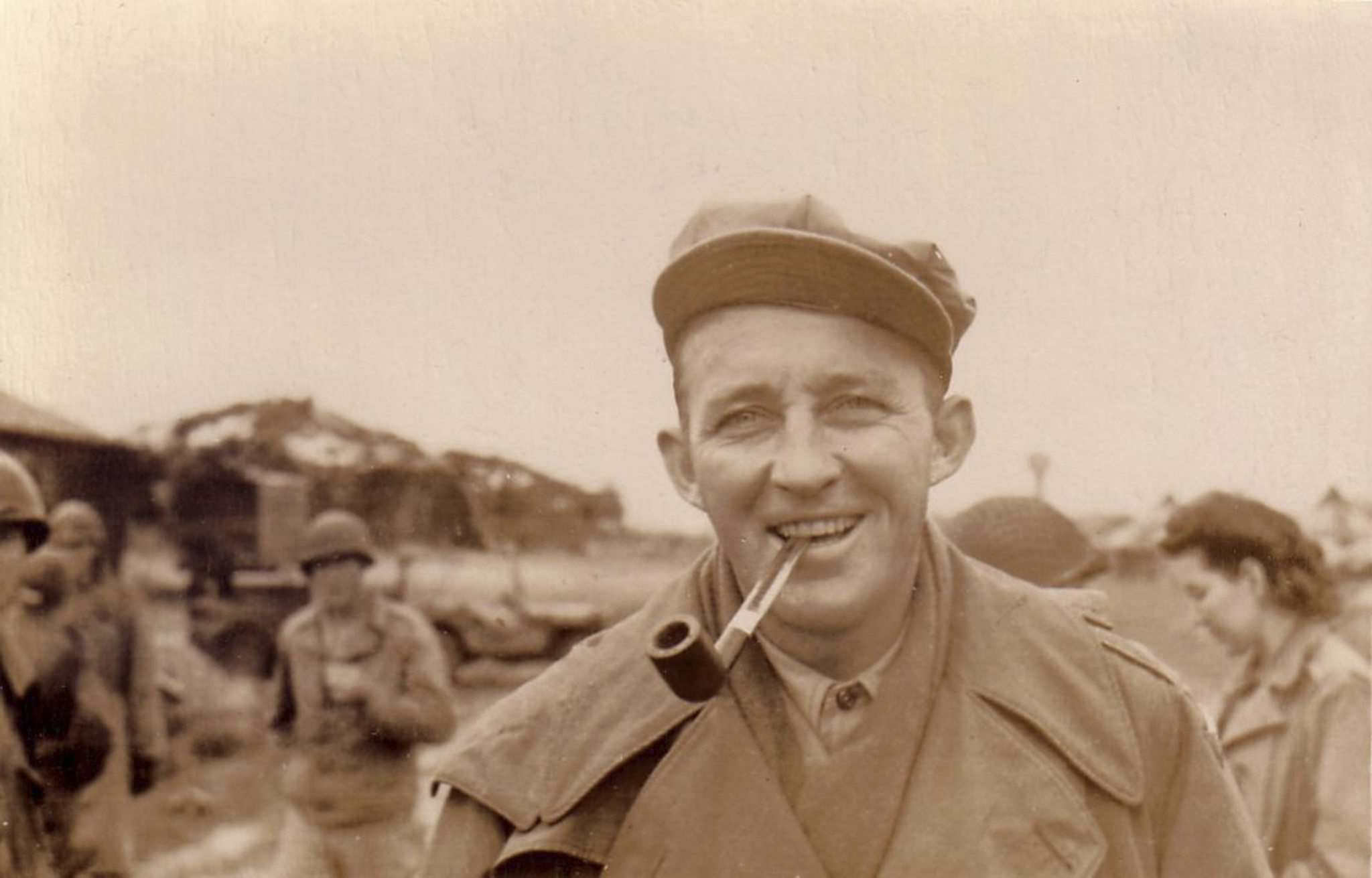 Bing Crosby Enterprises/TNS</p><p>Bing Crosby often entertained U.S. troops overseas, and his 1943 recording of I'll Be Home for Christmas became a seasonal favourite.</p>