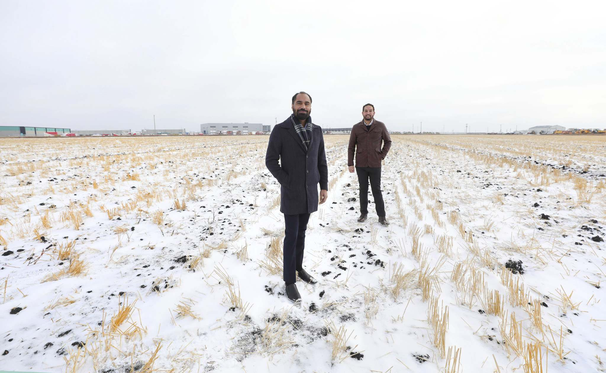Whiteland Developers CEO Paul Jhand (front) and president Sam Sidhu. Whiteland is investing $65 million into the development of InksPort, a new 68-acre business park at CentrePort. (Ruth Bonneville / Winnipeg Free Press)</p></p>