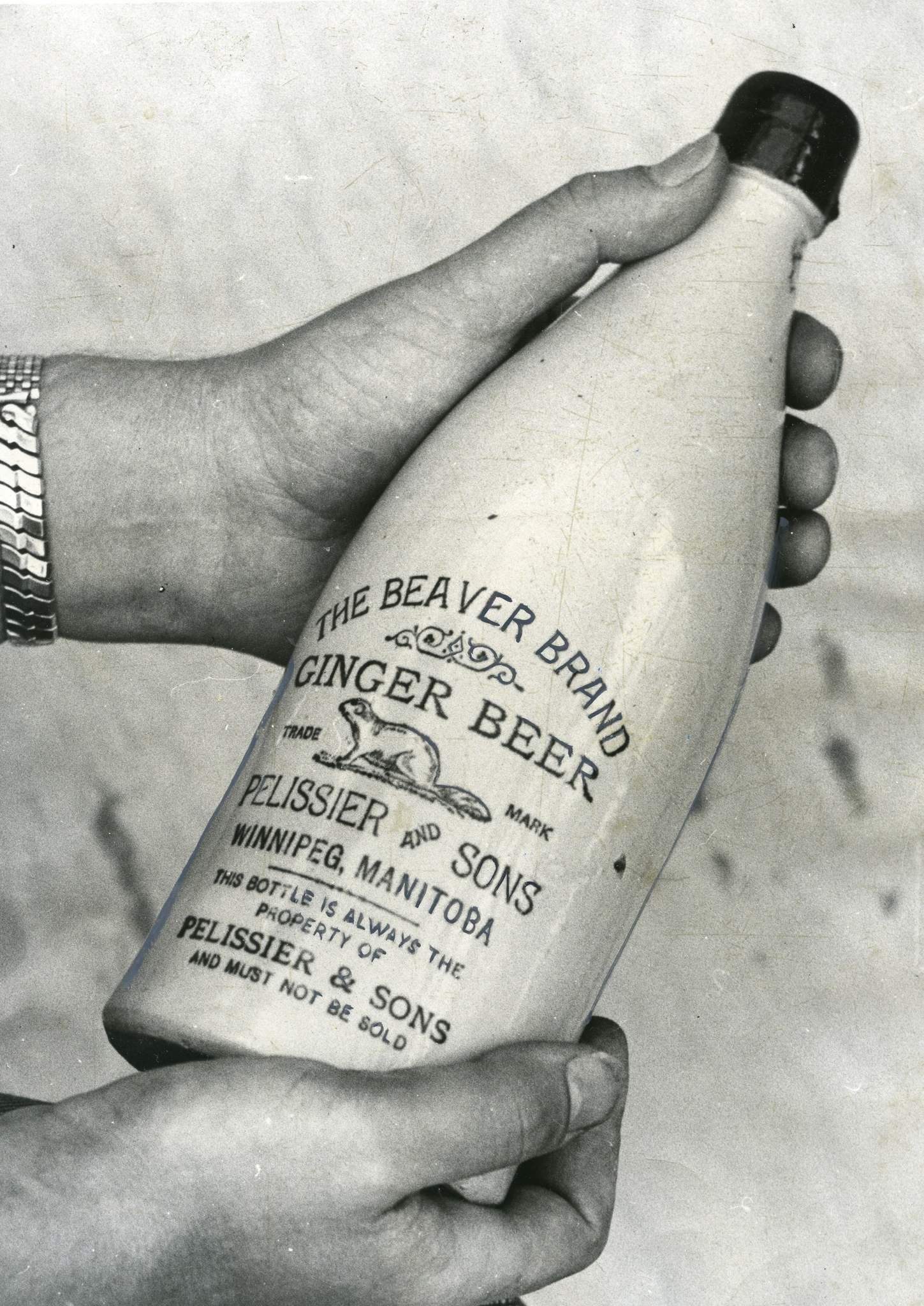 A bottle of the Beaver Brand Ginger Beer produced by Winnipeg's Plessier and Sons in 1950. (Winnipeg Free Press files)</p>