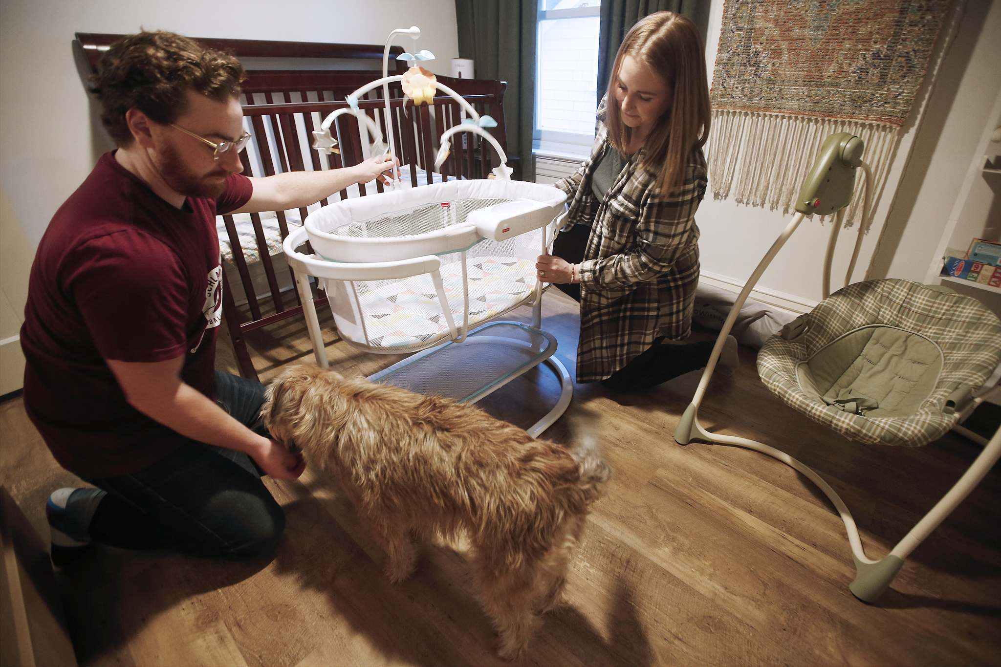Rory and Lisa McDonald are expecting their baby by surrogate in May. (John Woods / Winnipeg Free Press)</p>