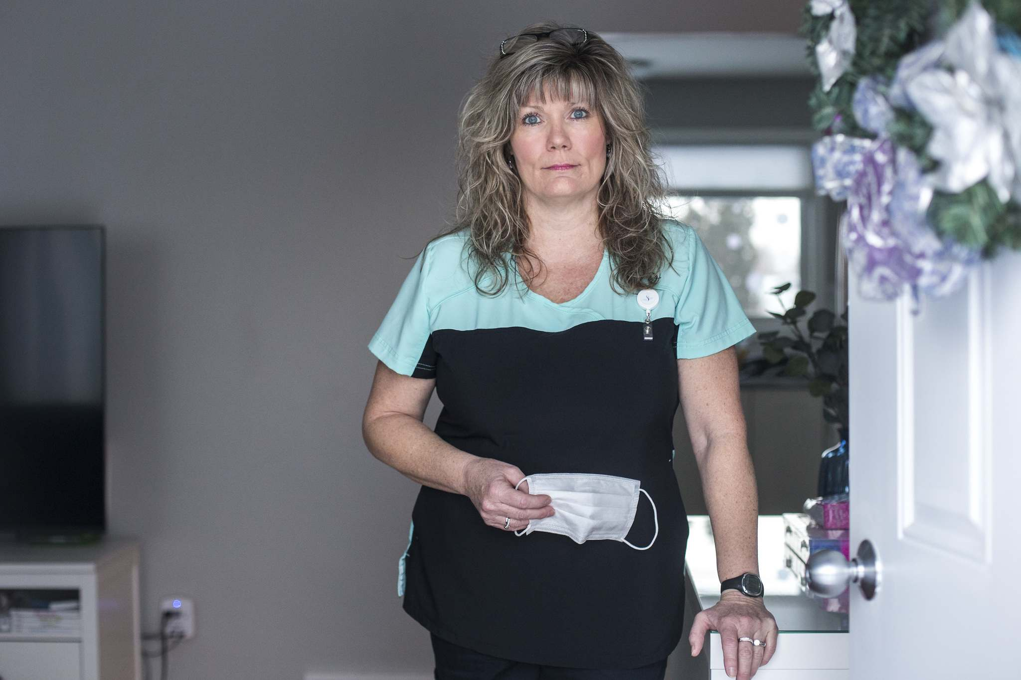 MIKAELA MACKENZIE / WINNIPEG FREE PRESS</p>  Glover was willing to work as a volunteer, but was told she couldn't, due to pandemic response protocols.