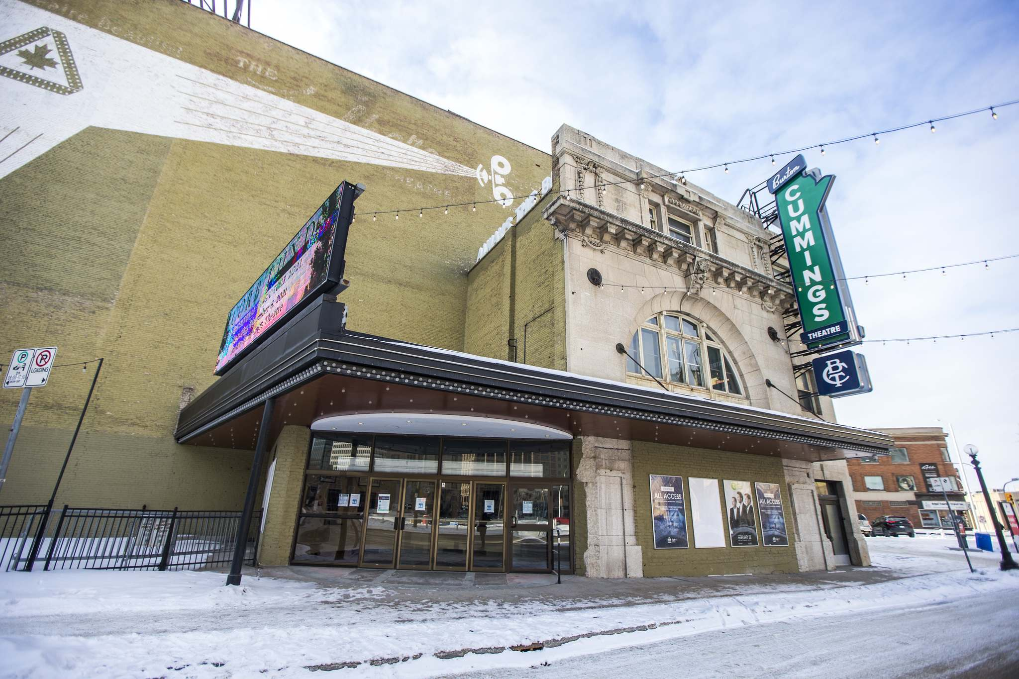 The historic theatre continues to impress performers and audience members with its elaborate gilt, marble and plaster finishes, good sightlines and great acoustics. (Mikaela MacKenzie / Winnipeg Free Press)</p>