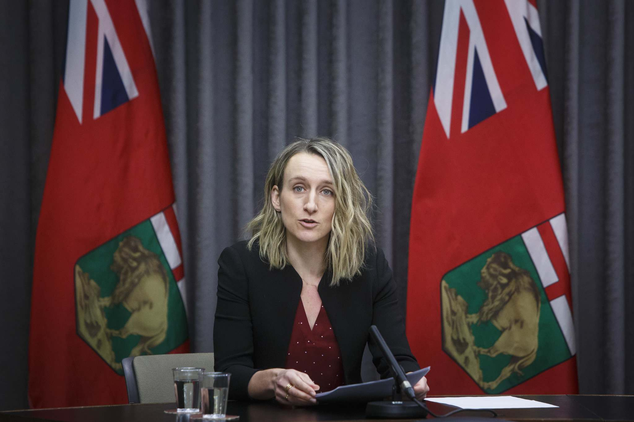 Dr. Joss Reimer, medical lead on the province's vaccine committee, says Manitoba is still reviewing the scientific evidence about delaying second doses. (Mike Deal / Winnipeg Free Press)