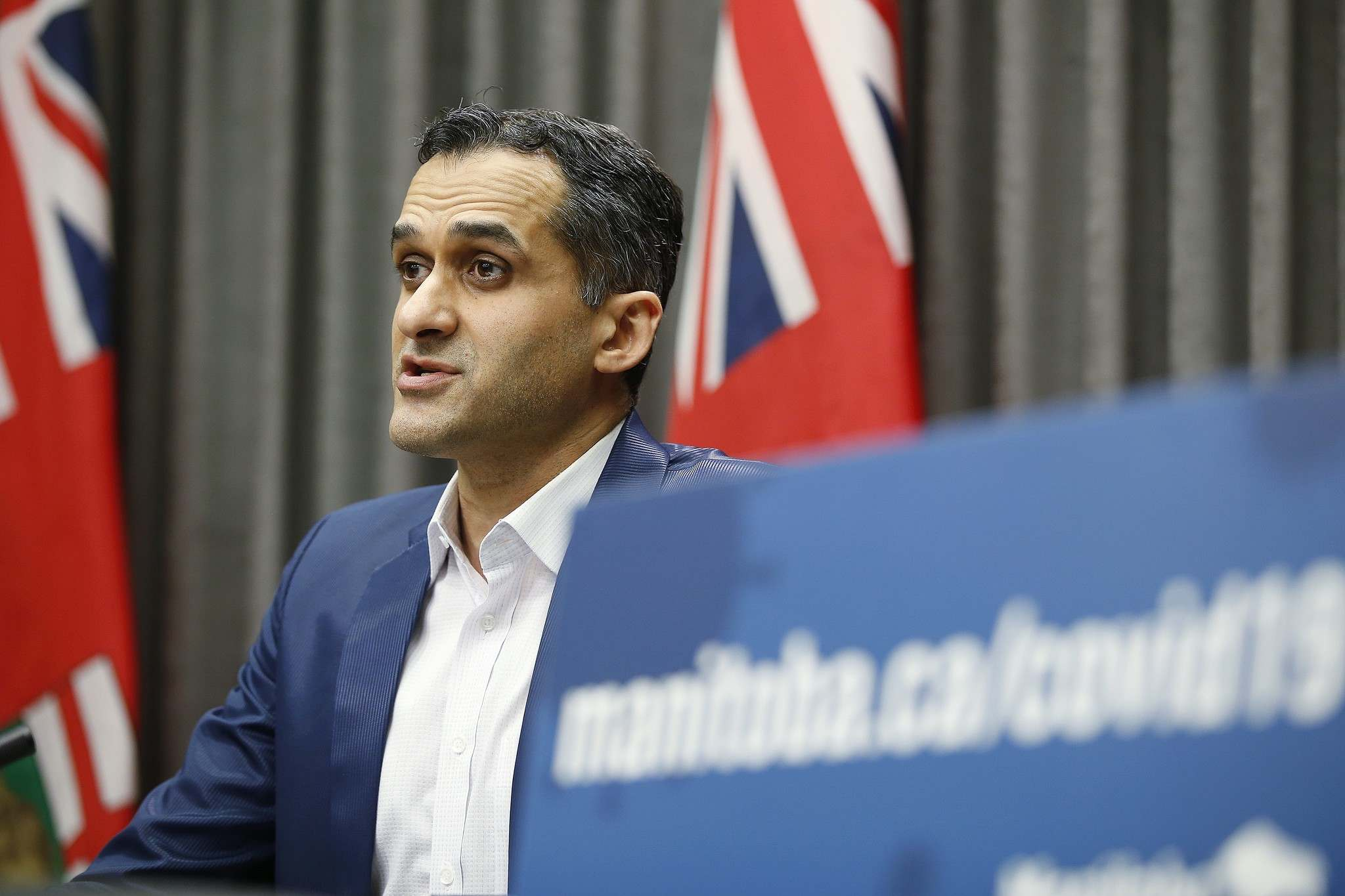 About 32 per cent of all cases in Manitoba are testing positive for a variant, says Dr. Jazz Atwal, Manitoba deputy chief provincial public health officer. (John Woods / The Canadian Press files)</p>