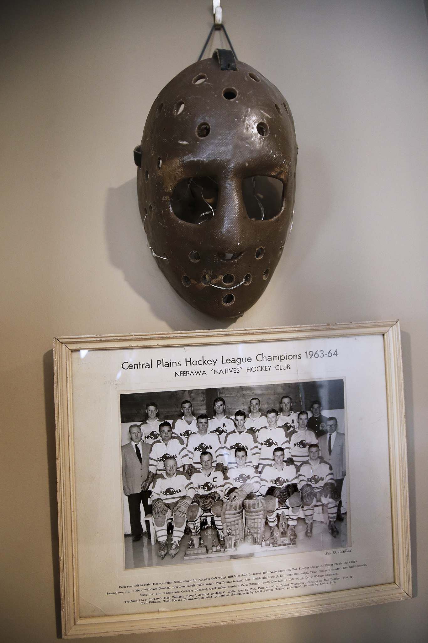 JOHN WOODS / WINNIPEG FREE PRESS</p><p>Neepawa Natives memorabilia in the home of Myles Cathcart. Cathcart's father and uncle were players in this 1963-64 photo and a part of the organizers who started the Natives. This was the last team to wear the Safeway logo before it switched to the warrior emblem.</p>