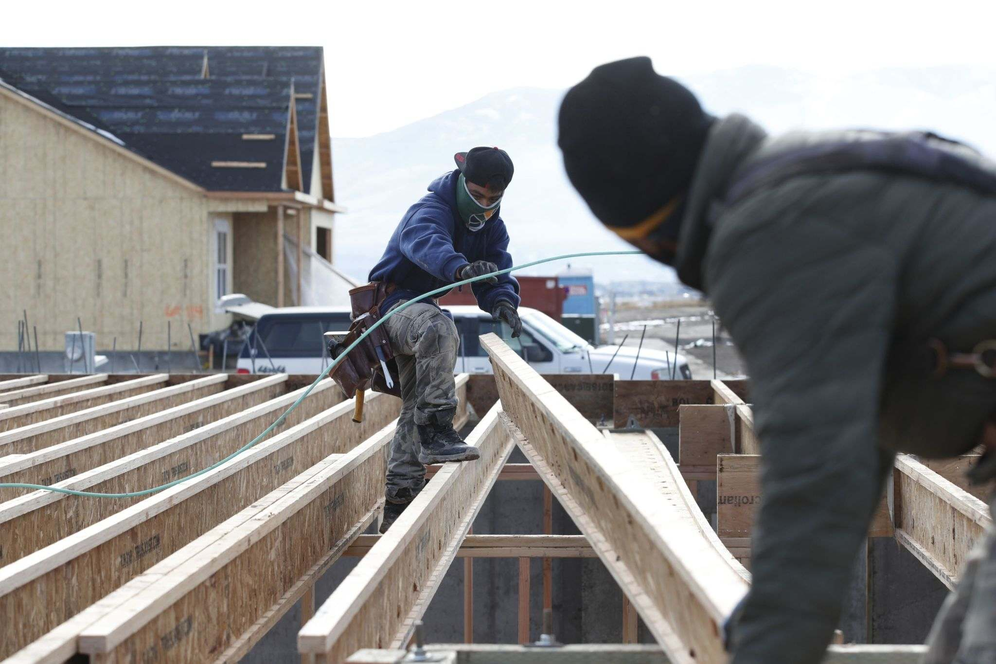 Manitoba land surveyors will inspect the infill site once a foundation is in place to ensure the build complies with approved plans before further development occurs. (George Frey / Bloomberg files)</p>