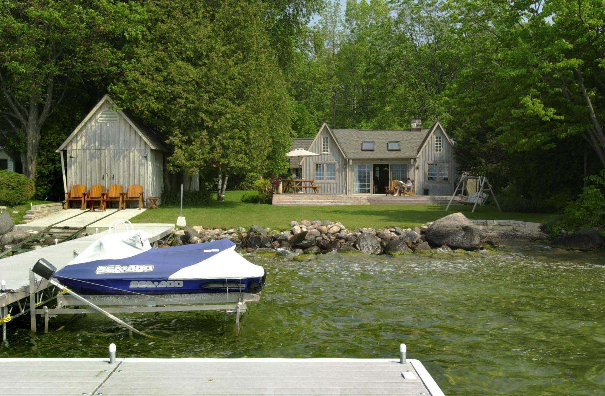 """I think we have to understand that in spite of it all, we are cottage owners and whatever comes up in terms of laws and regulations from Ontario, we have to abide by,"" said Manitoba Association of Cottage Owners president Gus Wruck. (The Canadian Press files)</p>"