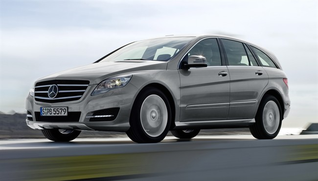This undated photo made available by Daimler shows the 2010 Mercedes-Benz R-Class. In the summer of 2015, the military and commercial vehicle maker AM General will start making the SUVs under a new, multi-year contract with the German automaker. AM General will make the seven-seat vehicle at its commercial vehicle plant in Mishawaka, Indiana. The R-Class was briefly sold in the U.S. but is now sold exclusively in China. (AP Photo/Daimler)