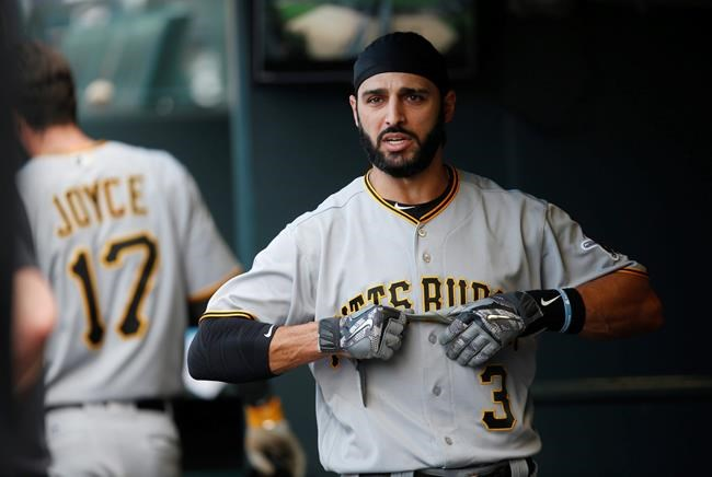 Braves, Sean Rodriguez agree to 2-year deal