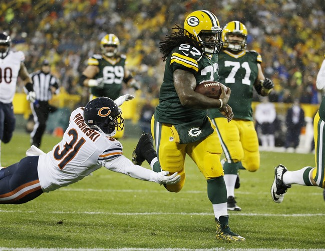 Packers' Aaron Rodgers, Raiders' Charles Woodson to get reacquainted