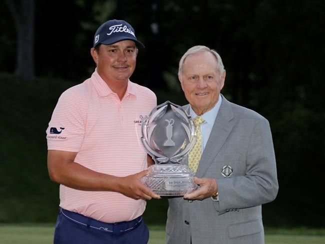 Daniel Summerhays takes lead at PGA's Memorial as Jason Dufner collapses