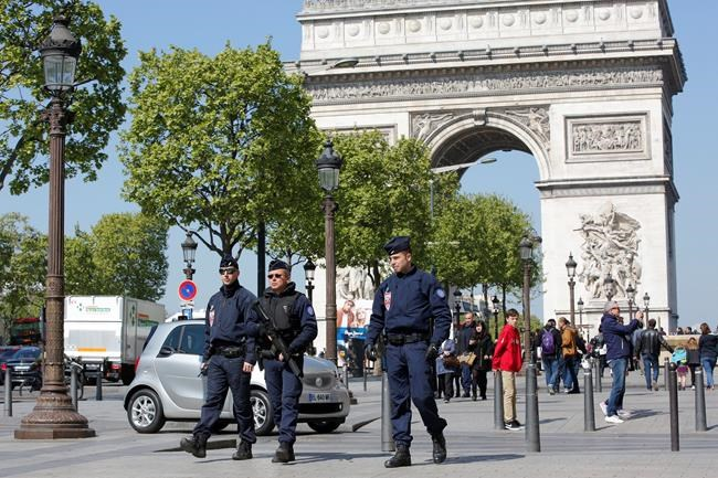 Champs Elysées: French Media Releases Paris Shooter's Name