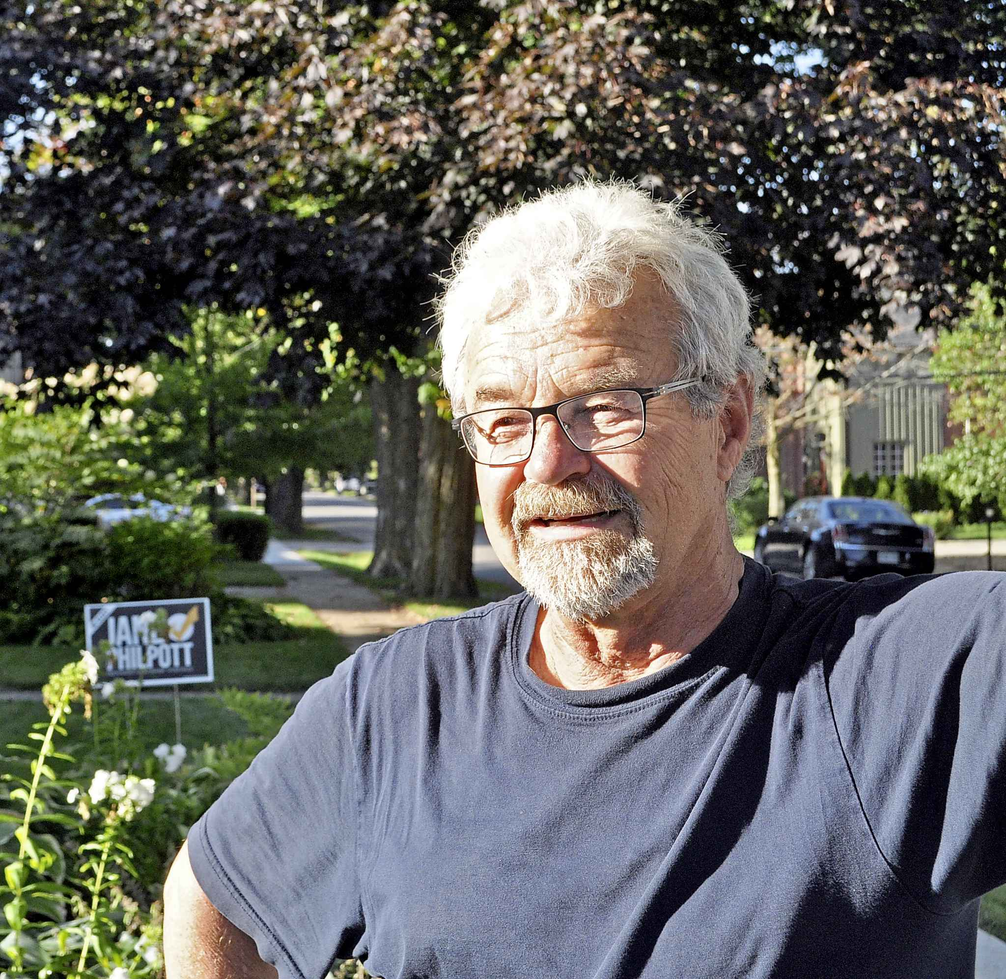 Fred Sauter, 67, a constituent of Markham-Stouffville has voted Liberal his whole life but is now siding with independent candidate Jane Philpott, out of disgust with the party's treatement of her.