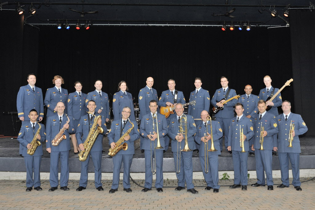 The Royal Canadian Air Force Band, which is performing a fundraising concert in Winnipeg on Monday in support of United Way.
