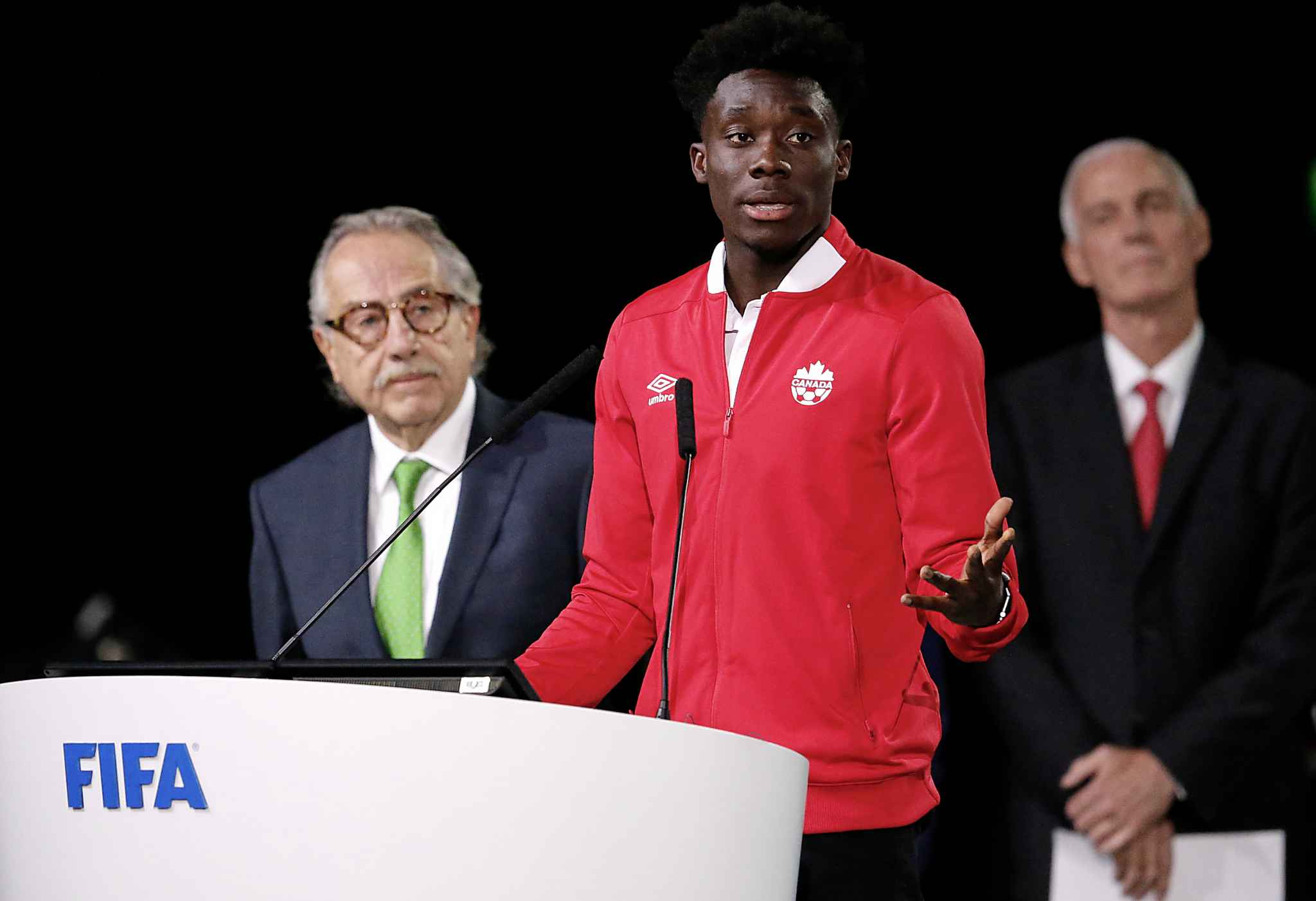 Alphonso Davies of Canada speaks at the FIFA congress. (Alexander Zemlianichenko / The Associated Press)