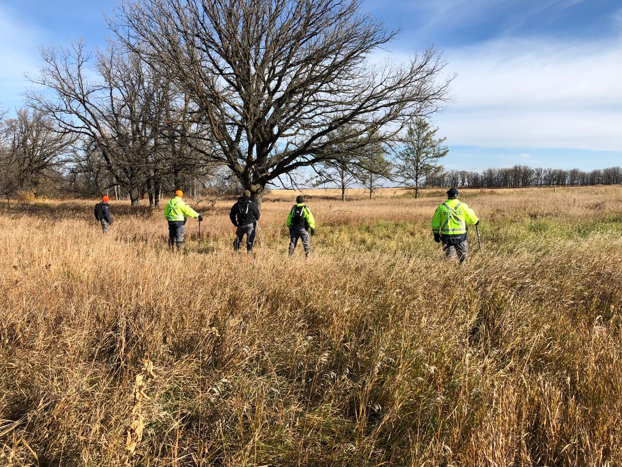 On Tuesday, RCMP officers returned to Roseau River Anishinabe First Nation to search the scene where Bud Paul's remains were discovered on Aug. 11.