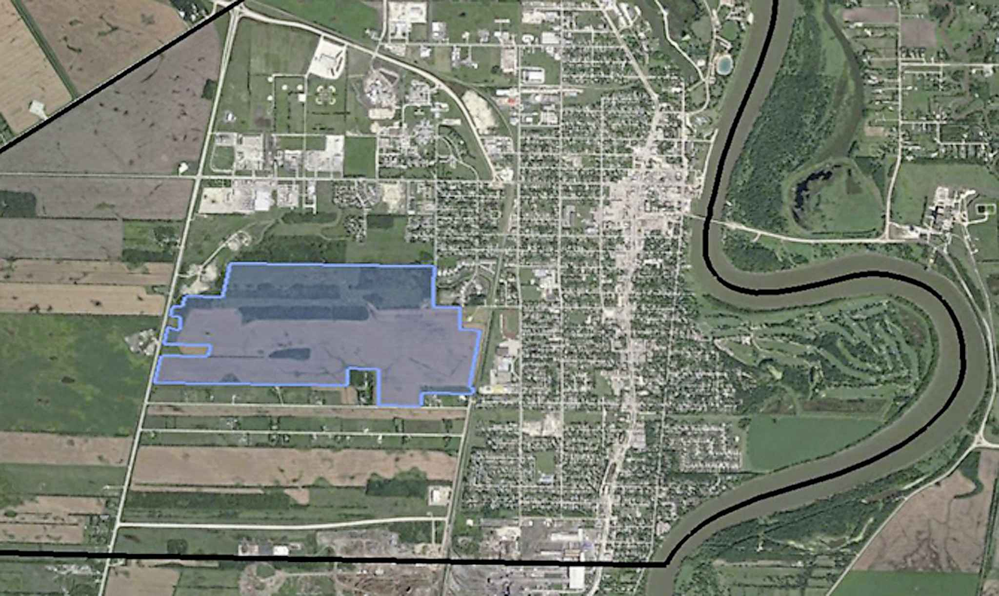 Highlighted area marks the 326.5-acre parcel of land which the City of Selkirk bought for $3.2 million.