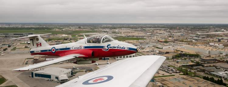 Canadian Forces Snowbird 7, seen immediately after takeoff from Winnipeg's 17 Wing on Saturday. (Melissa Tait / Winnipeg Free Press)