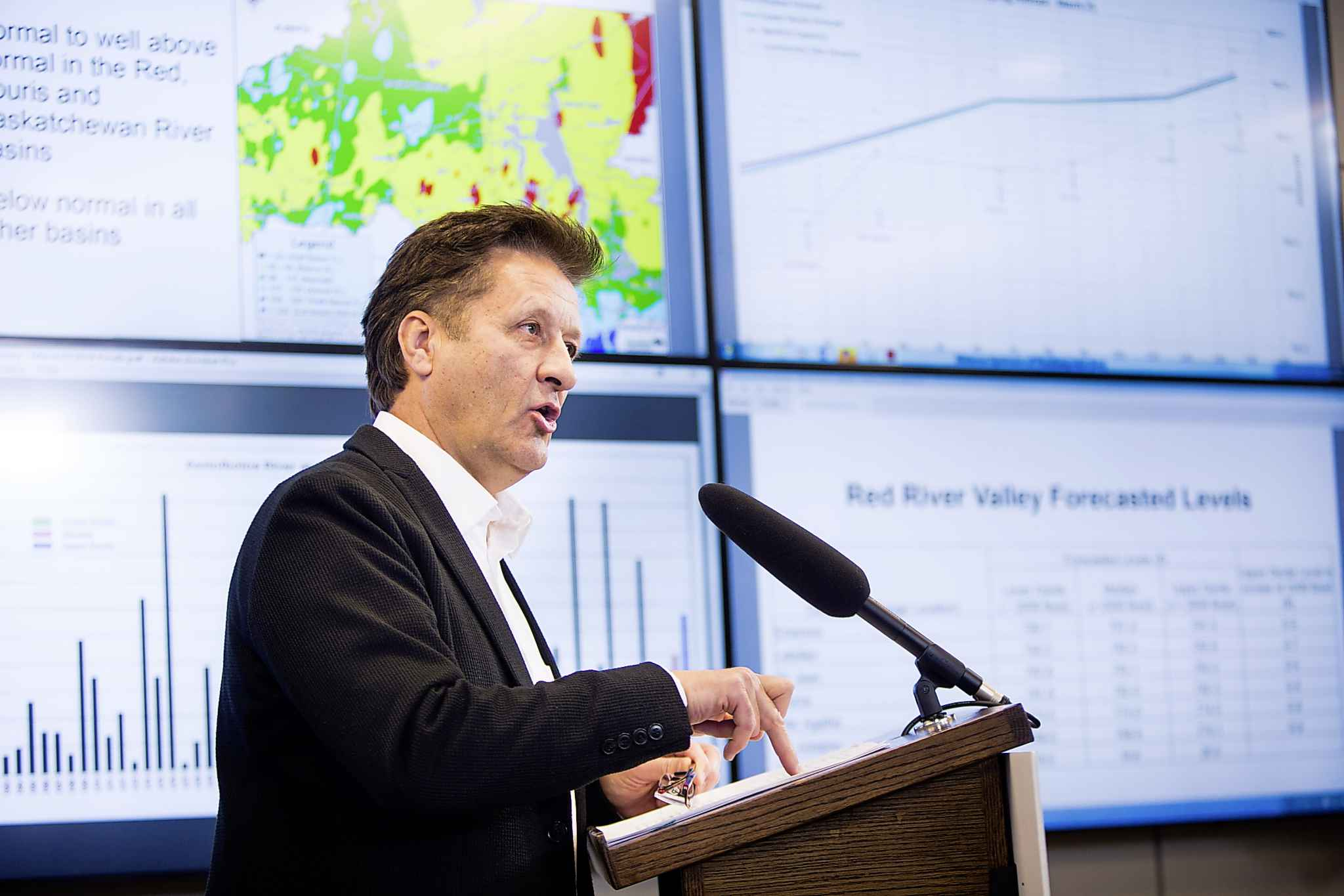 Infrastructure Minister Ron Schuler speaks about the flood outlook at the Hydrologic Forecast Centre in Winnipeg on Wednesday.