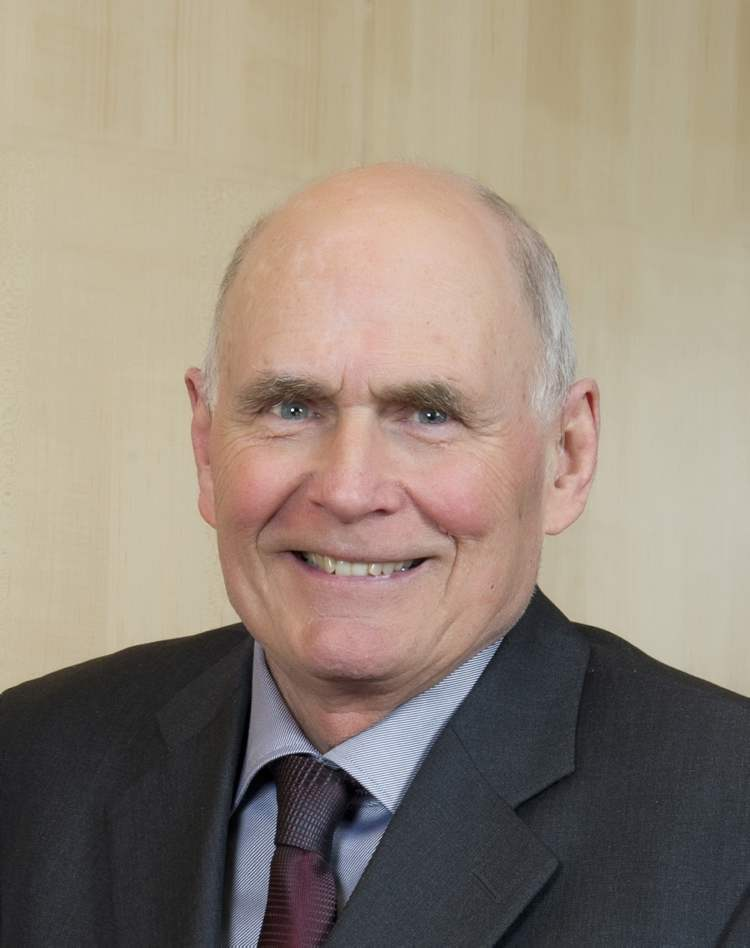 The Hon. Richard J. Scott, former chief justice of Manitoba, made a profound mark on the administration of justice in Manitoba and was a national leader on the subjects of judicial independence, ethical conduct of judges and access to justice.