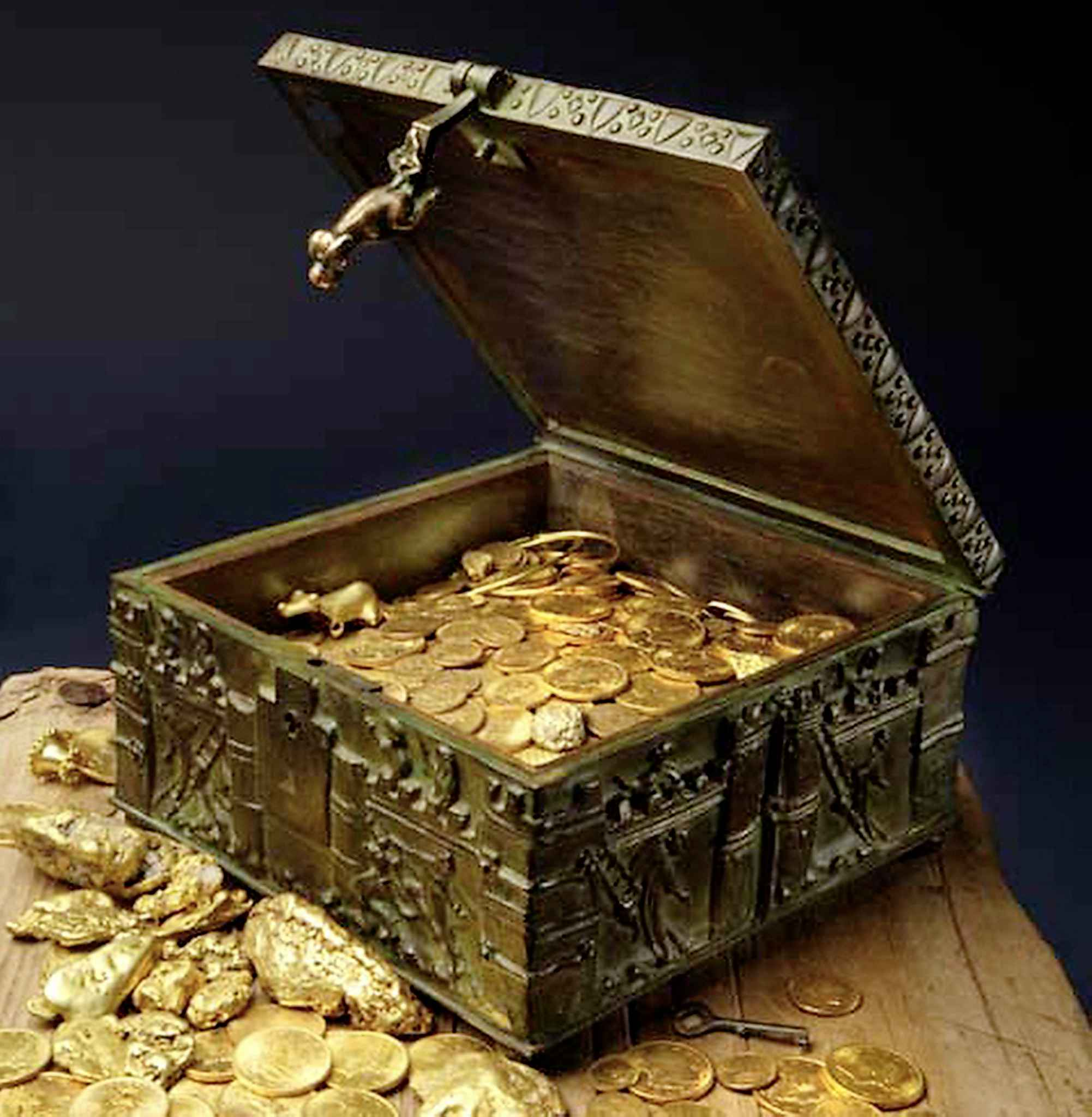 This treasure is silver and gold - Winnipeg Free Press