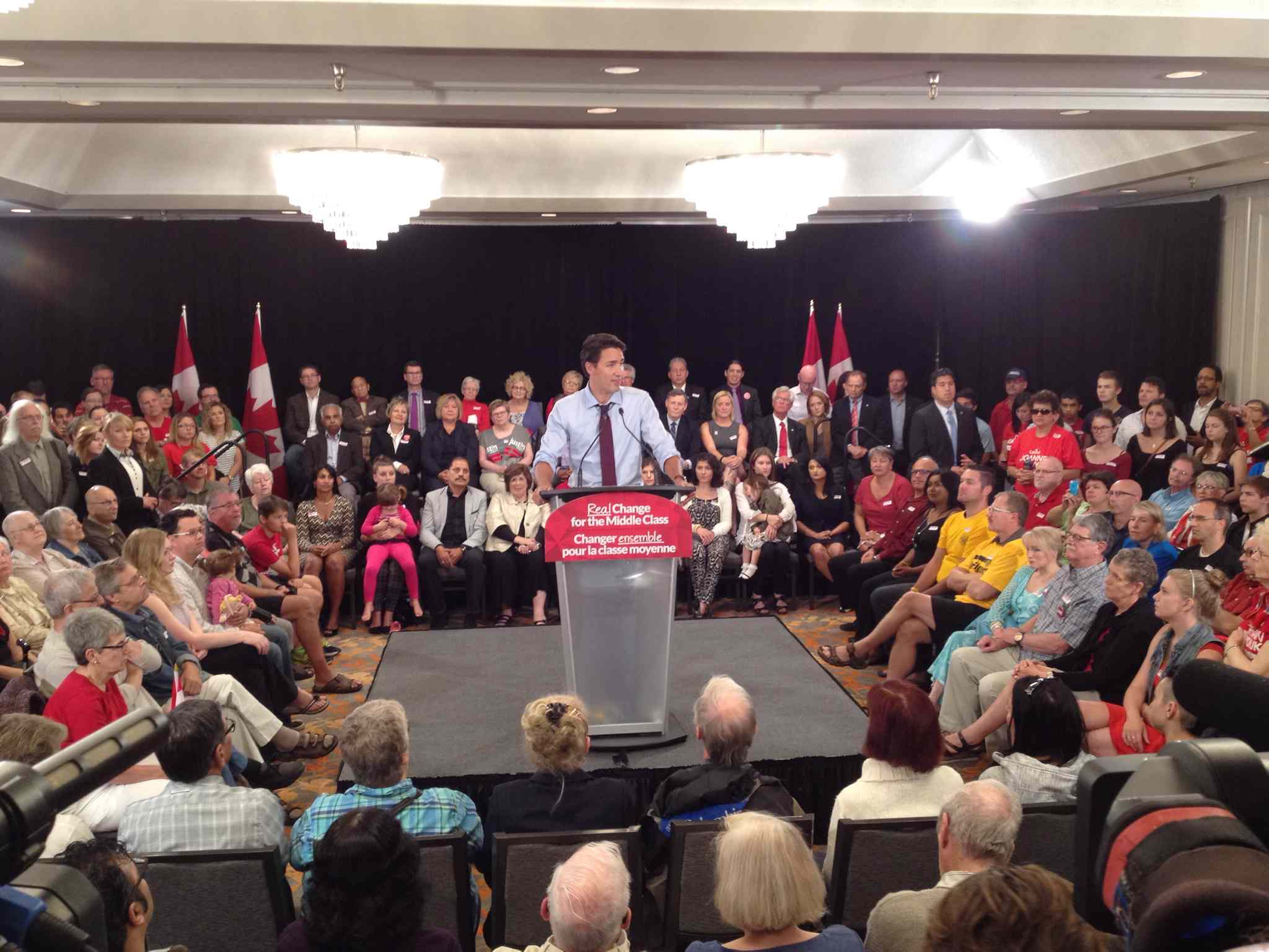 Liberal Leader Justin Trudeau speaks at the Holiday Inn South in Winnipeg.