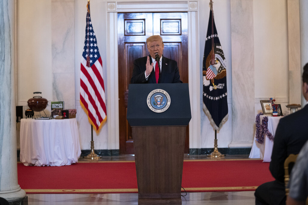 U.S. President Donald Trump has refused to wear a mask in public. (Evan Vucci / The Associated Press)