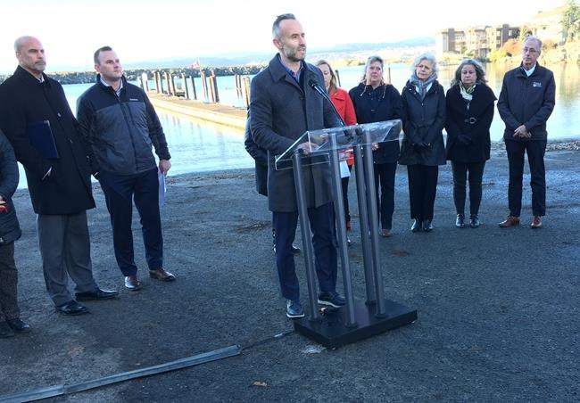 British Columbia Chamber of Commerce president Val Litwin addresses a news conferemce in Esquimalt, B.C., Thursday, Dec.6, 2018. Sportfishing, tourism and business leaders from across Vancouver Island said the possibility of extended federal fishing closures to protect threatened southern resident killer whales endangers their livelihoods. THE CANADIAN PRESS/Dirk Meissner