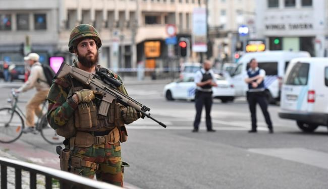 Man 'wearing explosive belt' shot by police at Brussels Central station
