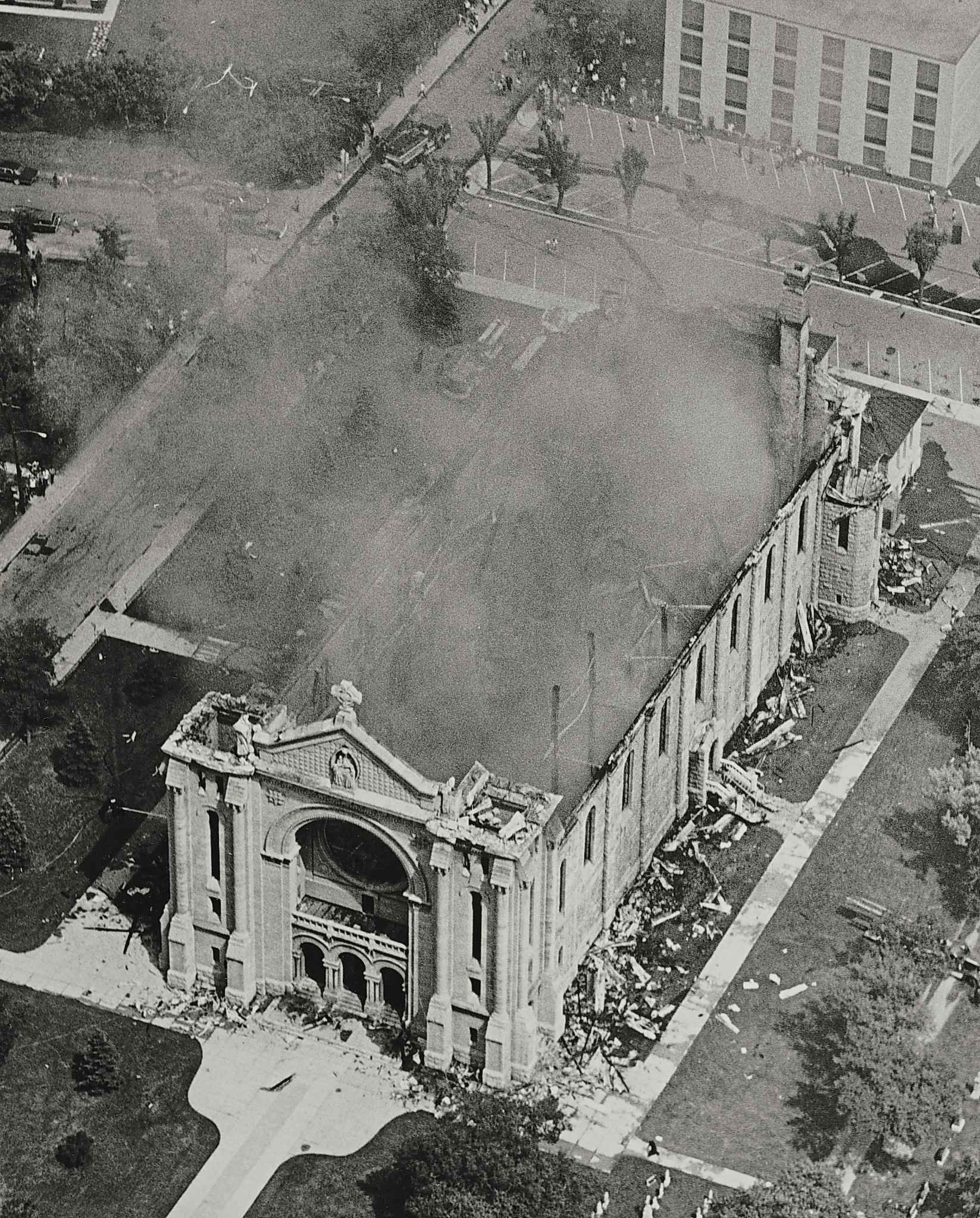 Aerial photo of the St. Boniface basilica the day after the fire. (Winnipeg Free Press files)
