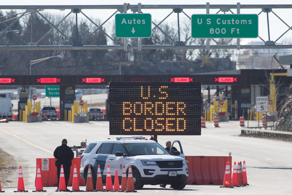 Land crossings between Canada and the U.S. have been banned since last March. (Lars Hagberg / AFP via Getty Images files)
